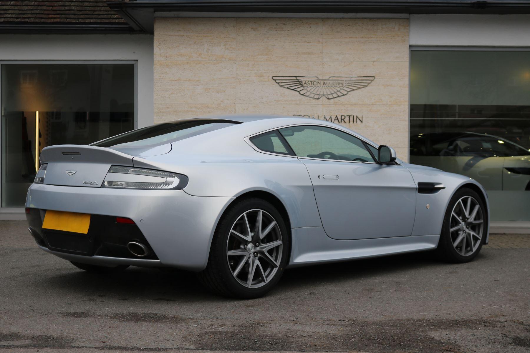 Aston Martin V8 Vantage S Coupe S 2dr Sportshift 4 7 Automatic 3