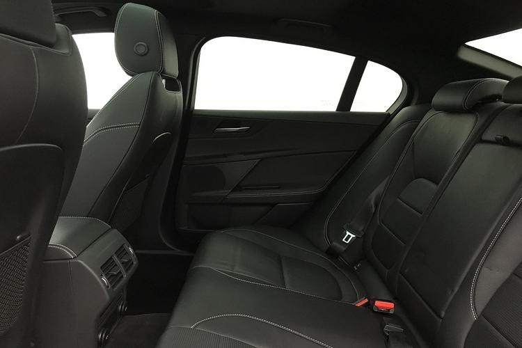 Jaguar XE 3.0 [380] V6 Supercharged S image 4