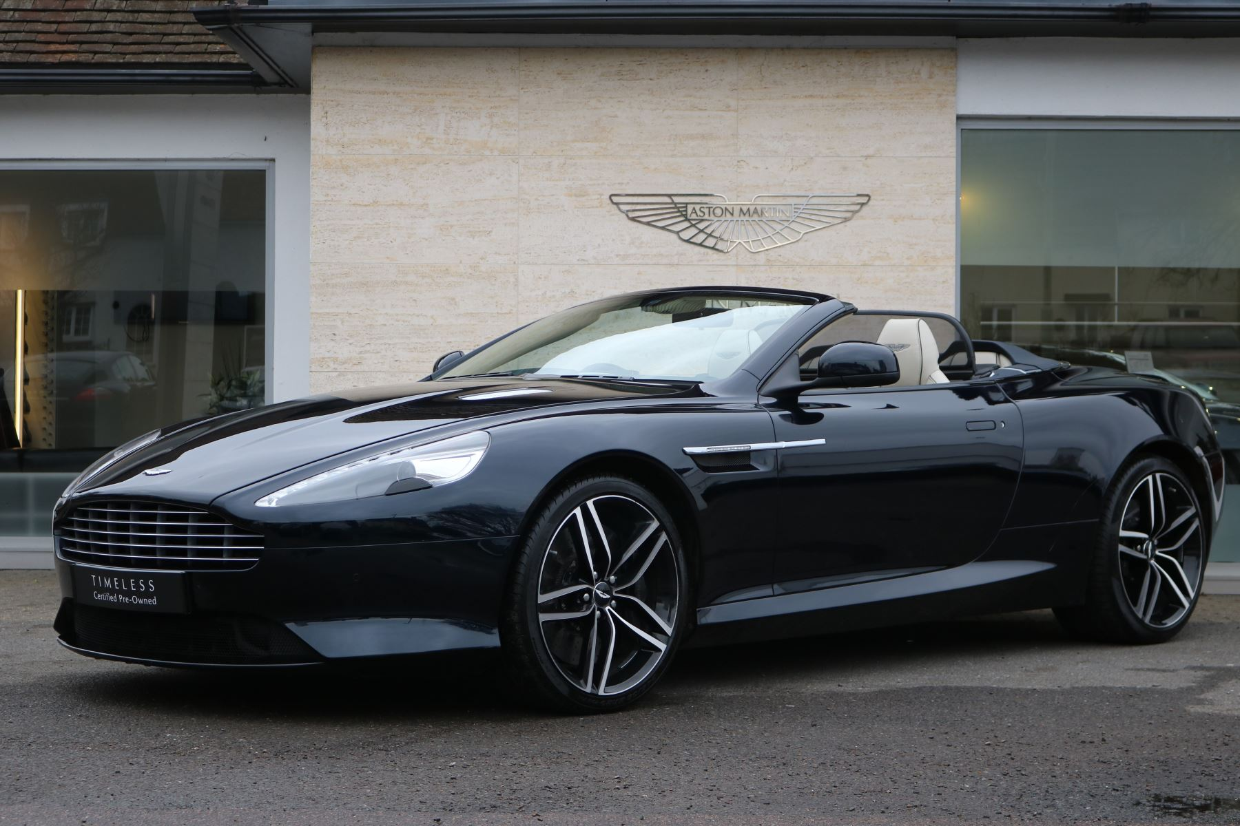 Aston Martin DB9 V12 GT 2dr Volante Touchtronic 5.9 Automatic Convertible (2016) image