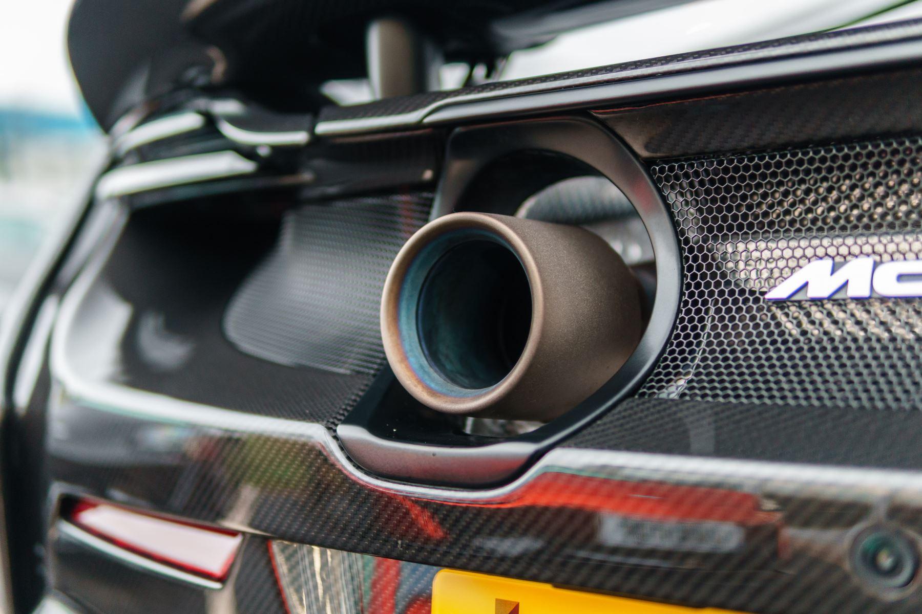 McLaren 675LT Spider MSO Carbon Series image 13