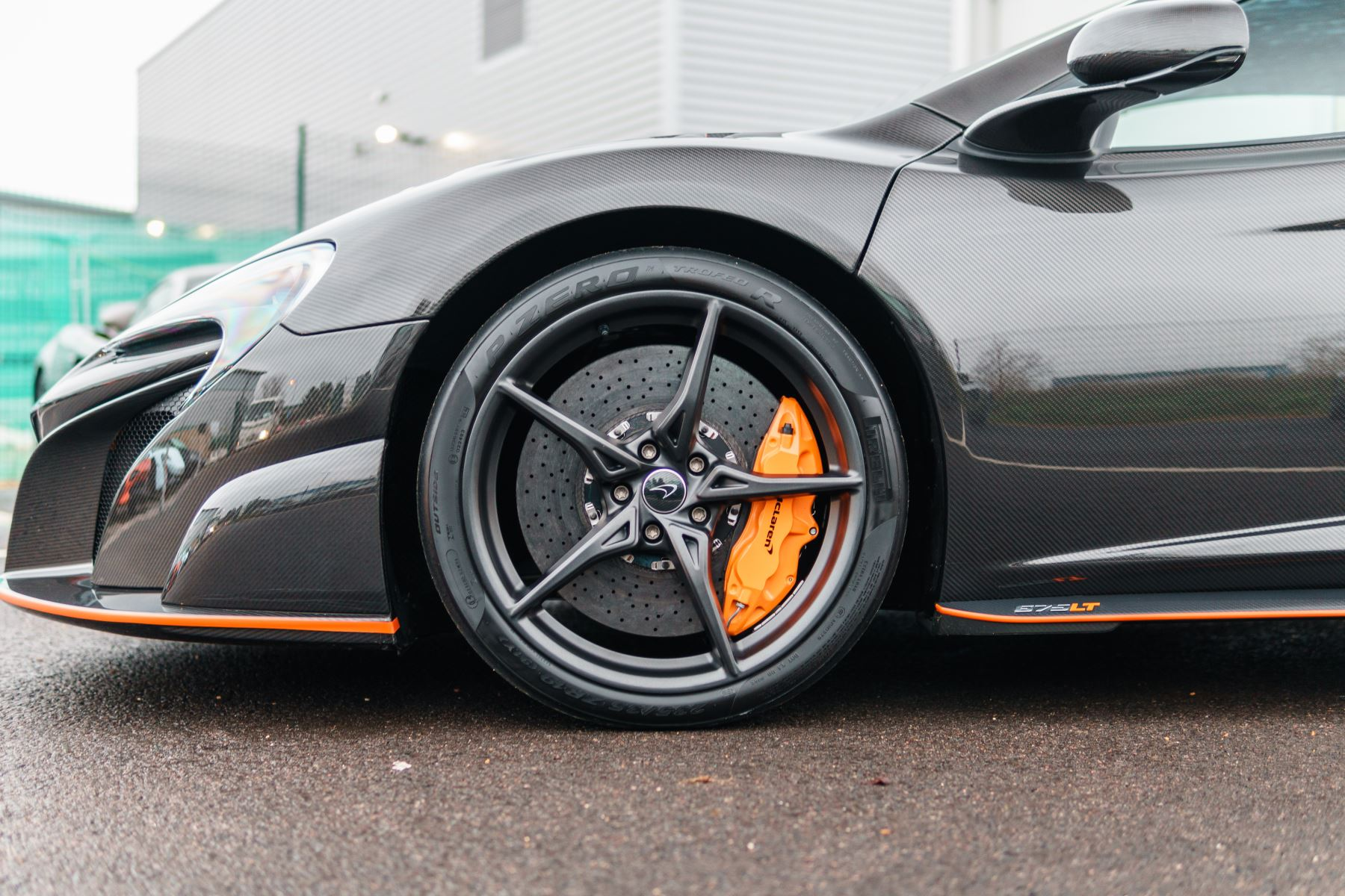 McLaren 675LT Spider MSO Carbon Series image 17