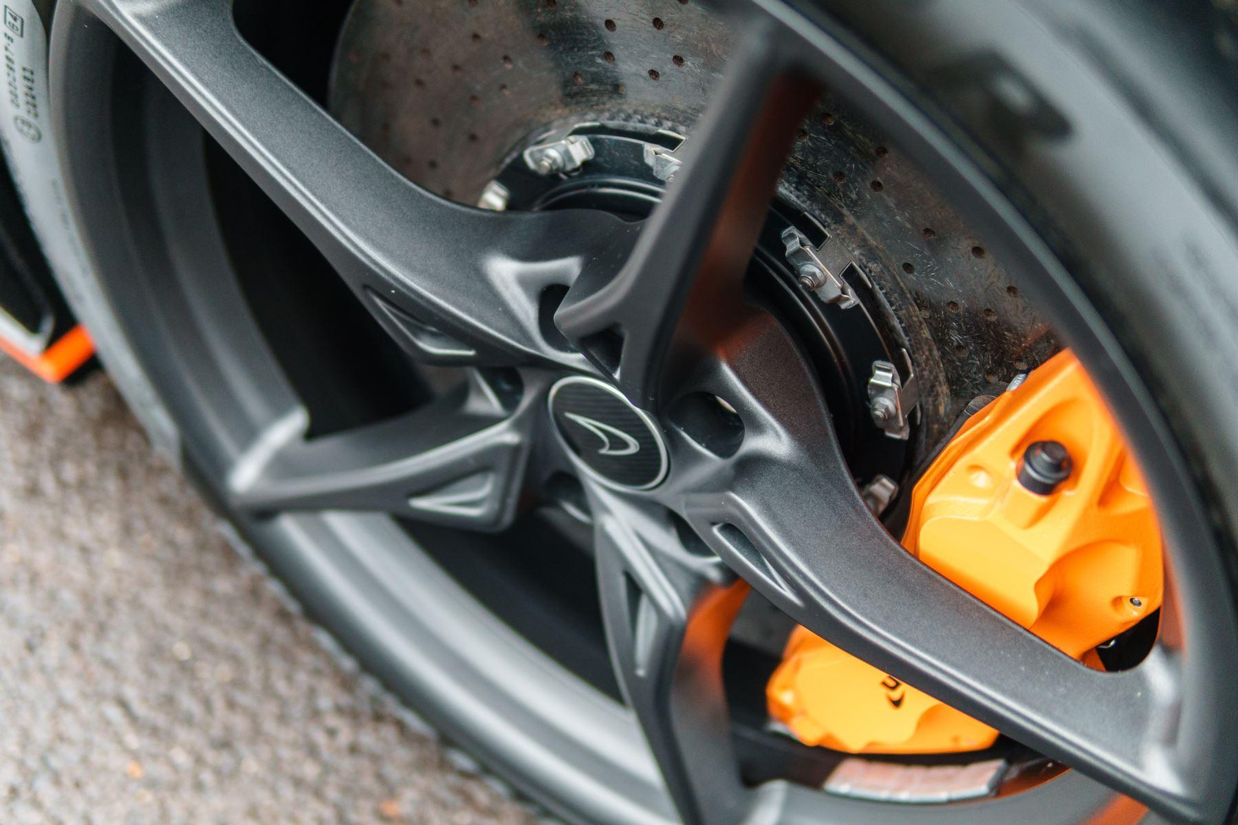 McLaren 675LT Spider MSO Carbon Series image 19