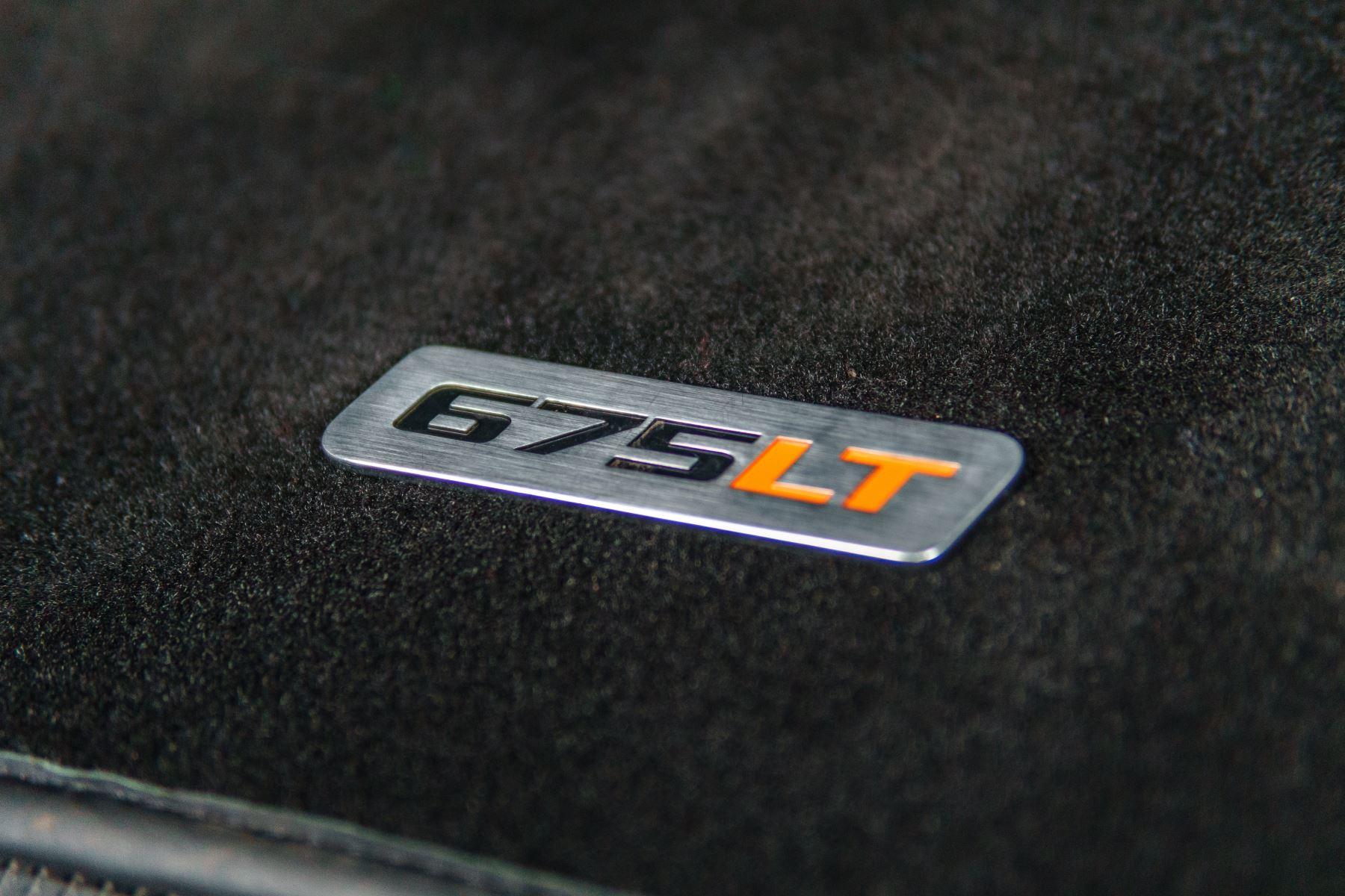 McLaren 675LT Spider MSO Carbon Series image 27