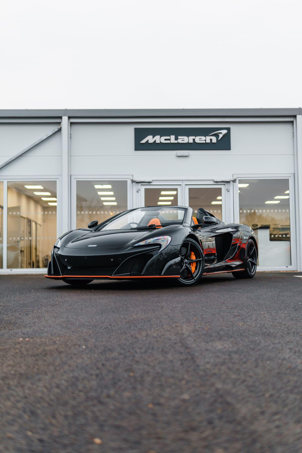 McLaren 675LT Spider MSO Carbon Series image 38