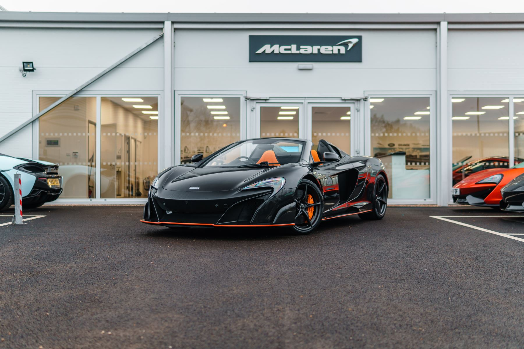 McLaren 675LT Spider MSO Carbon Series image 41