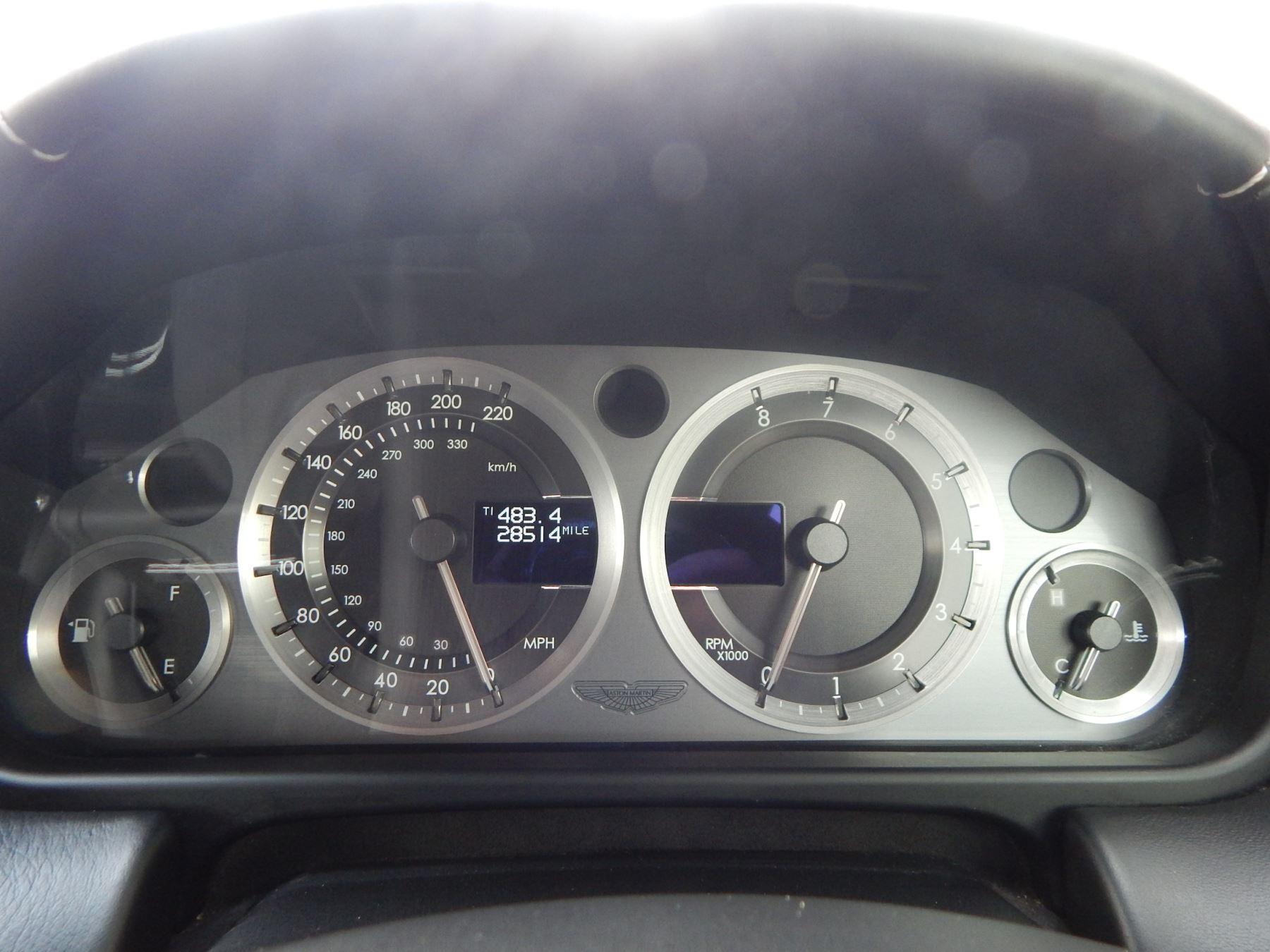 Aston Martin V8 Vantage Roadster 4.3 V8 Roadster image 10