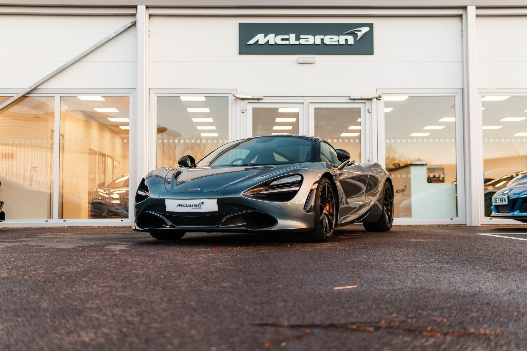 McLaren 720S Performance Coupe  4.0 Semi-Automatic 2 door (2018) image