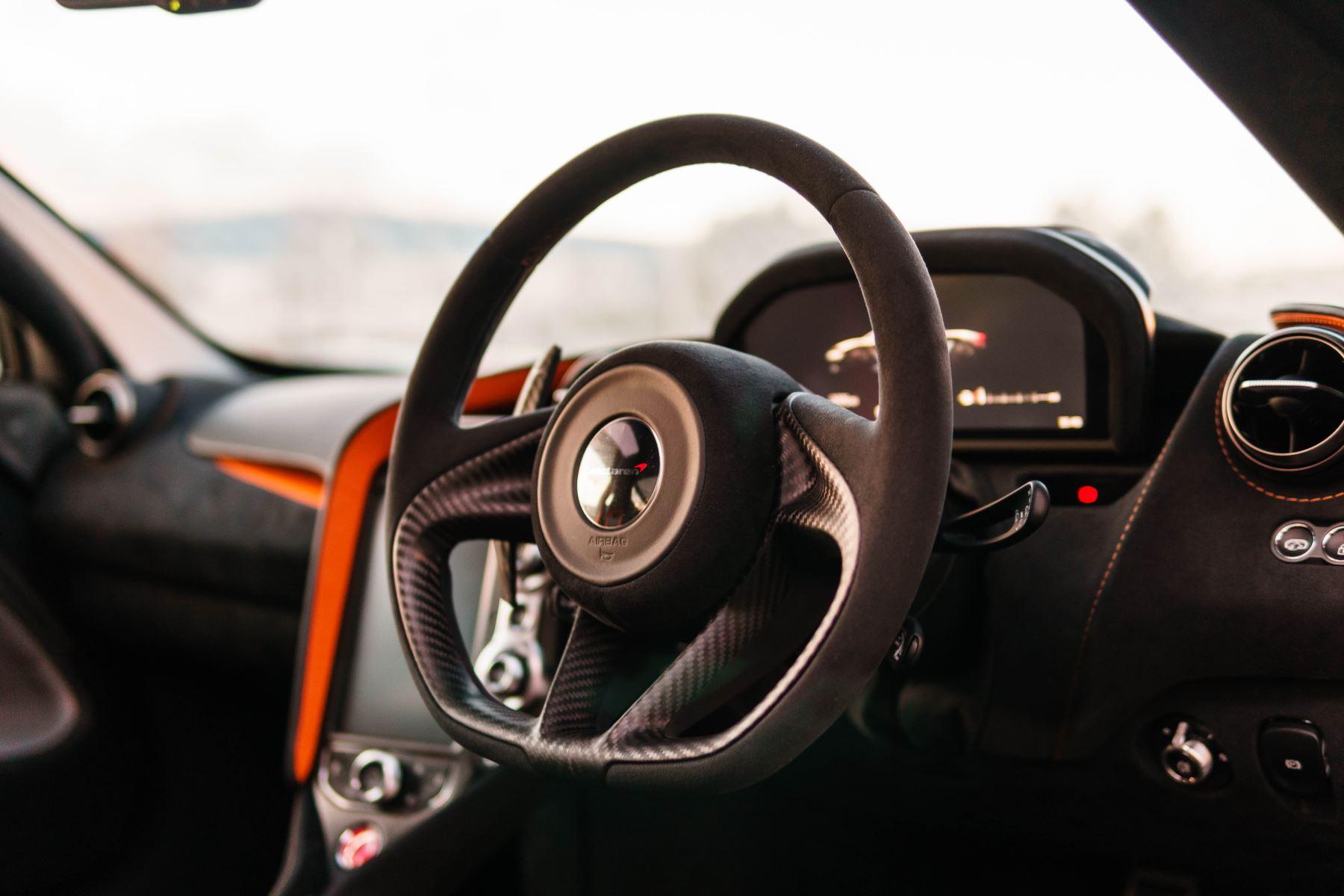 McLaren 720S Performance Coupe  image 21