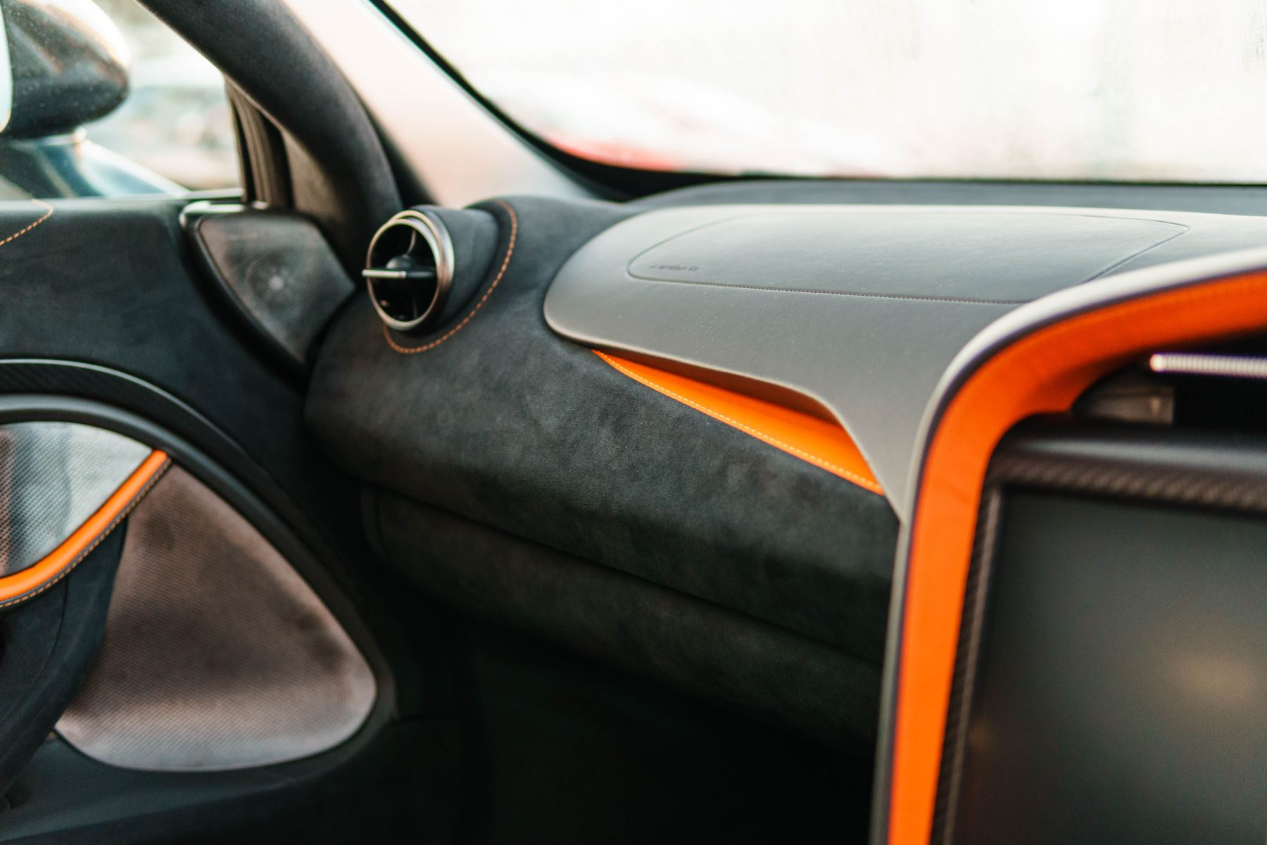 McLaren 720S Performance Coupe  image 25