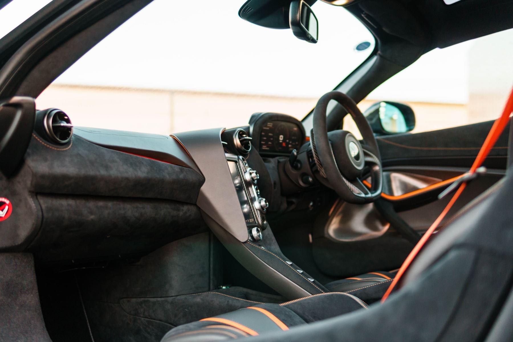 McLaren 720S Performance Coupe  image 45