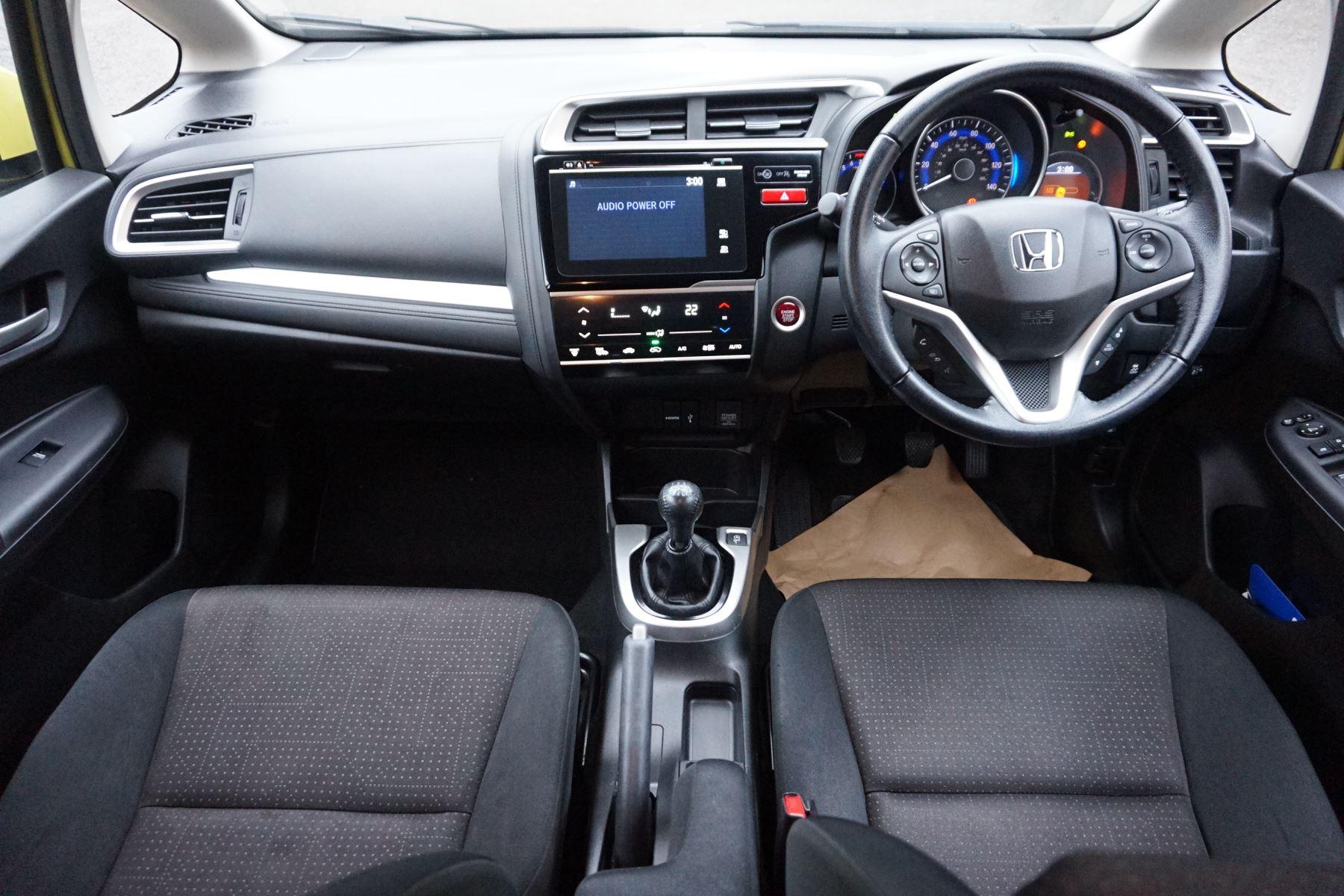 Honda Jazz 1.3 EX 5dr image 9