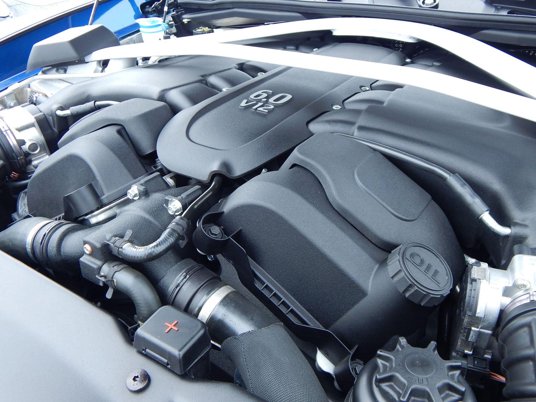 Aston Martin Vanquish V12 [595] S 2+2 2dr Touchtronic image 21