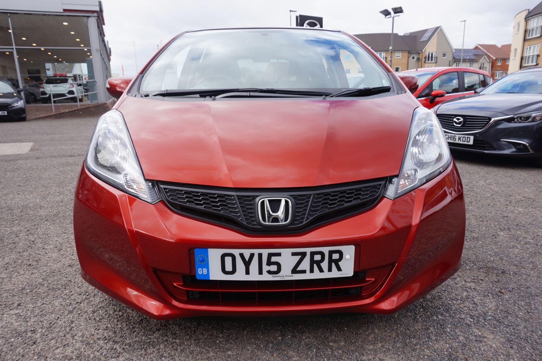 Honda Jazz 1.4 i-VTEC ES Plus CVT image 2