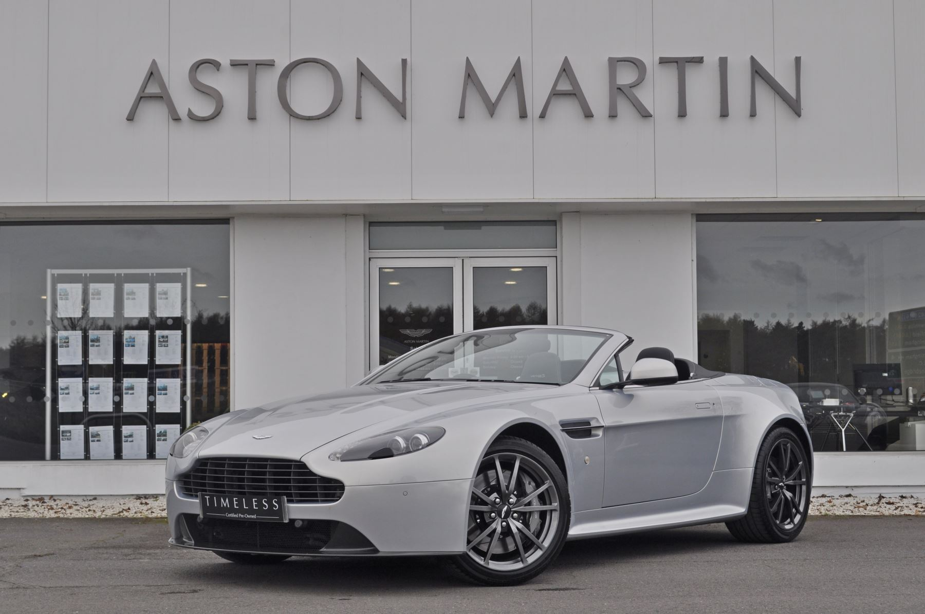 Aston Martin V8 Vantage S S 2dr Sportshift 4.7 Automatic 3 door Roadster (2012) image
