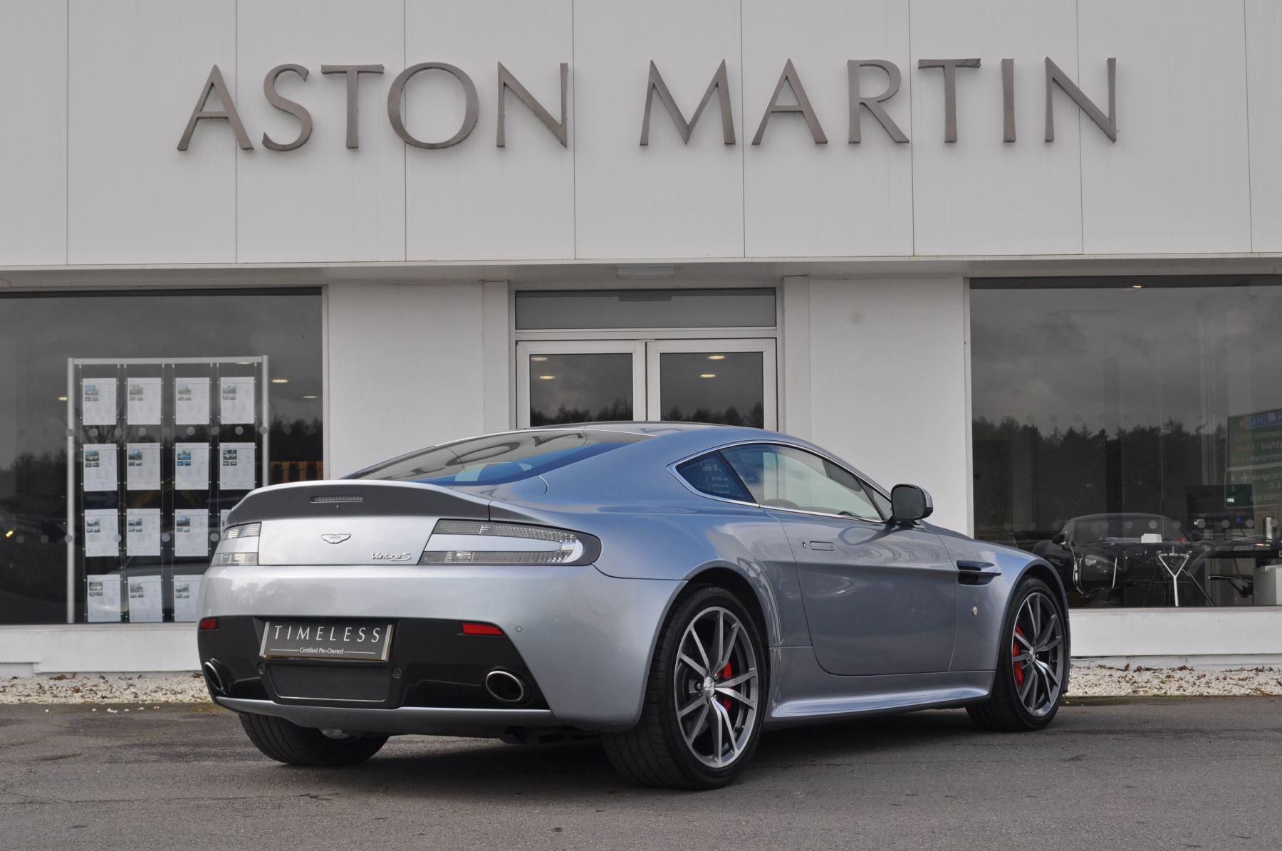 Aston Martin V8 Vantage S Coupe Coupe image 5