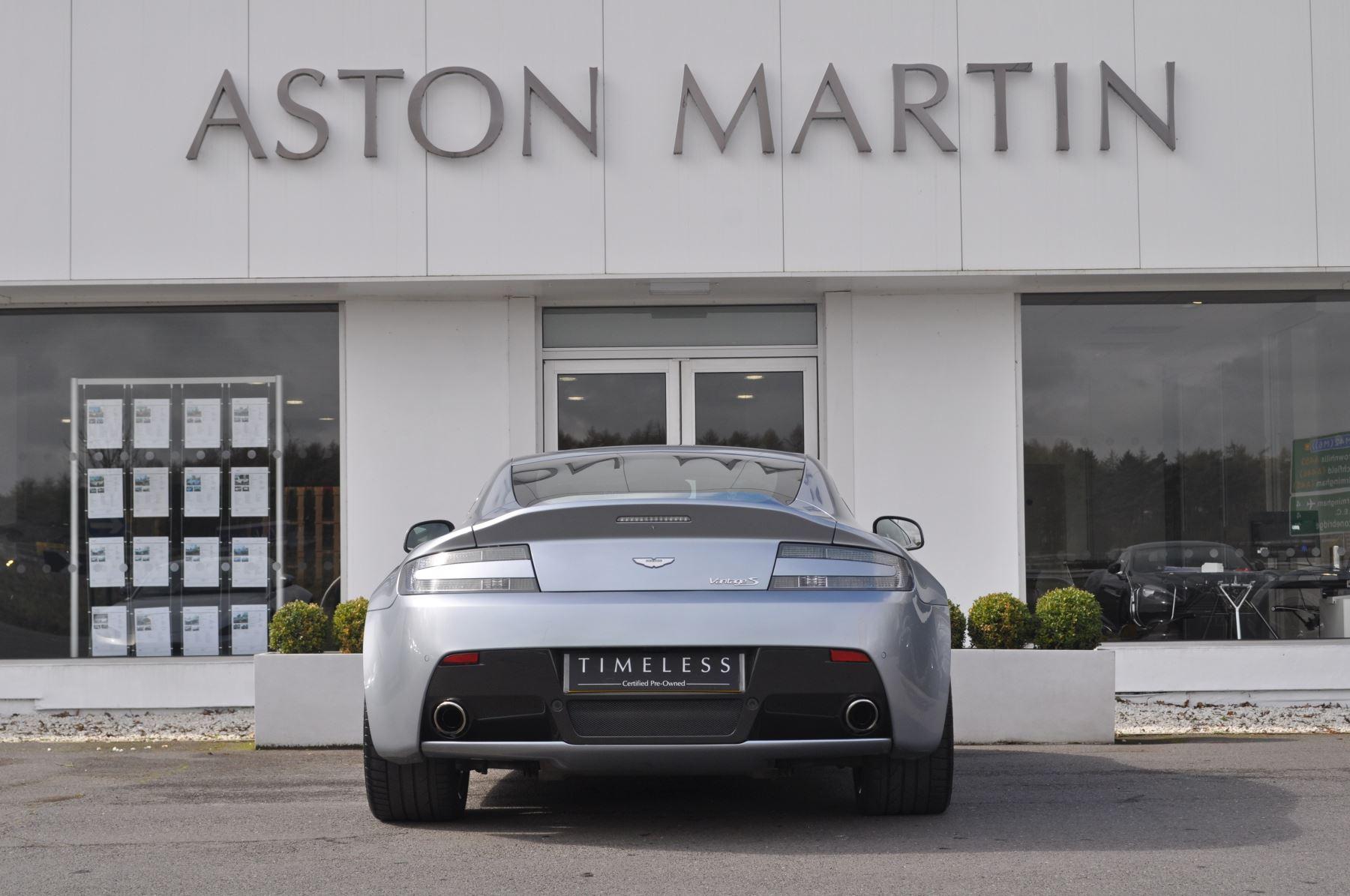Aston Martin V8 Vantage S Coupe Coupe image 6