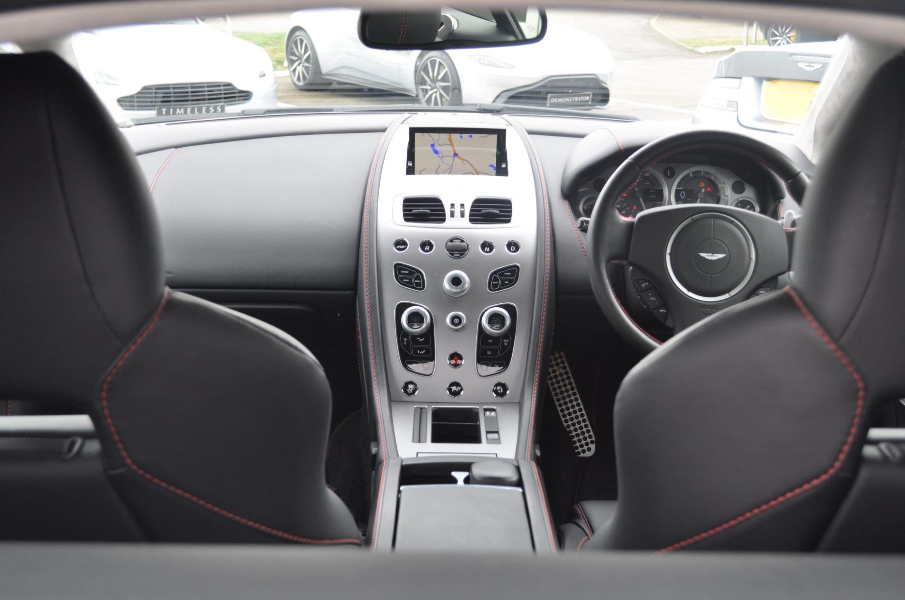 Aston Martin V8 Vantage S Coupe Coupe image 37