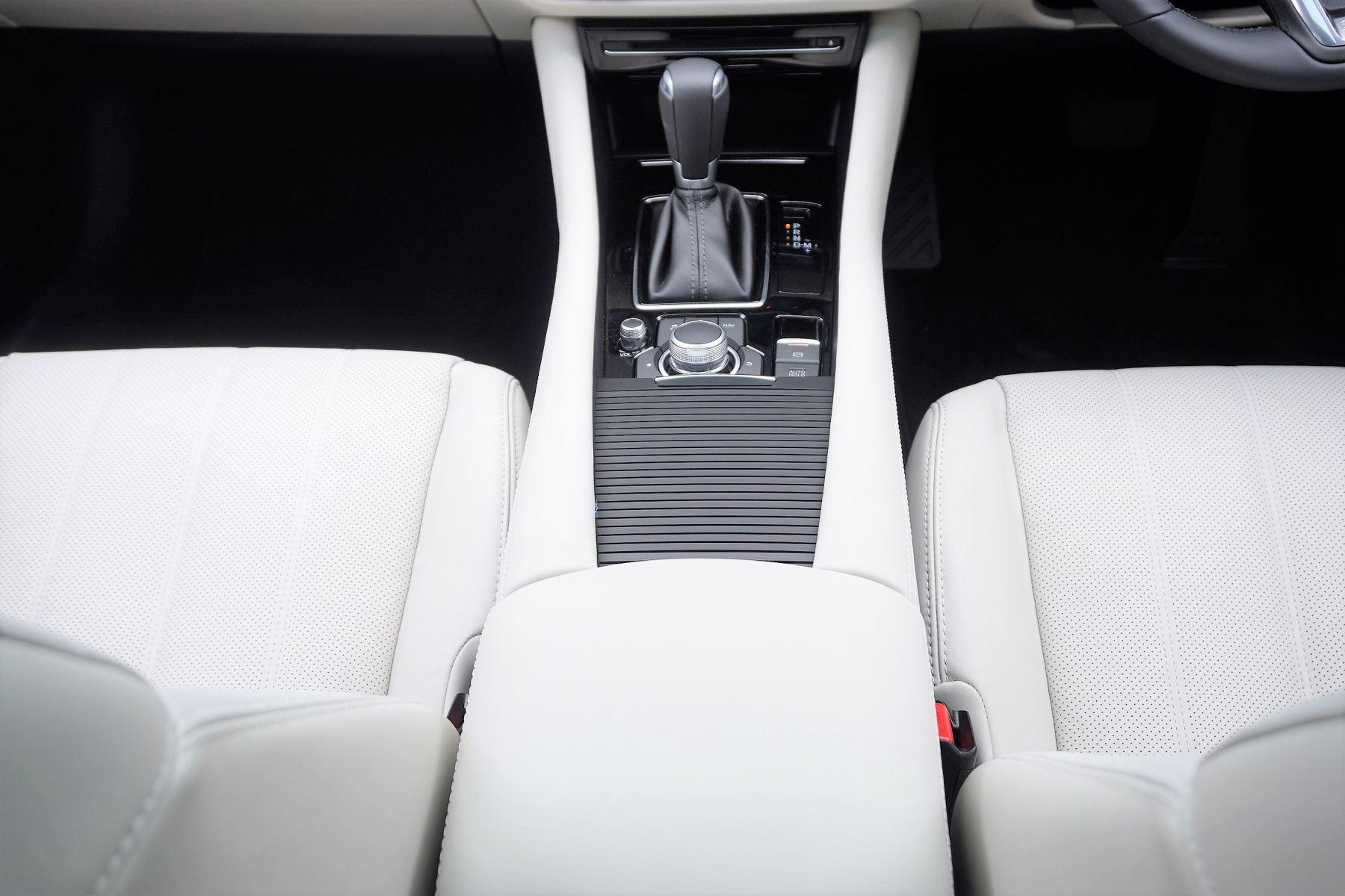 Mazda 6 2.2d GT Sport Nav+ 5dr image 13