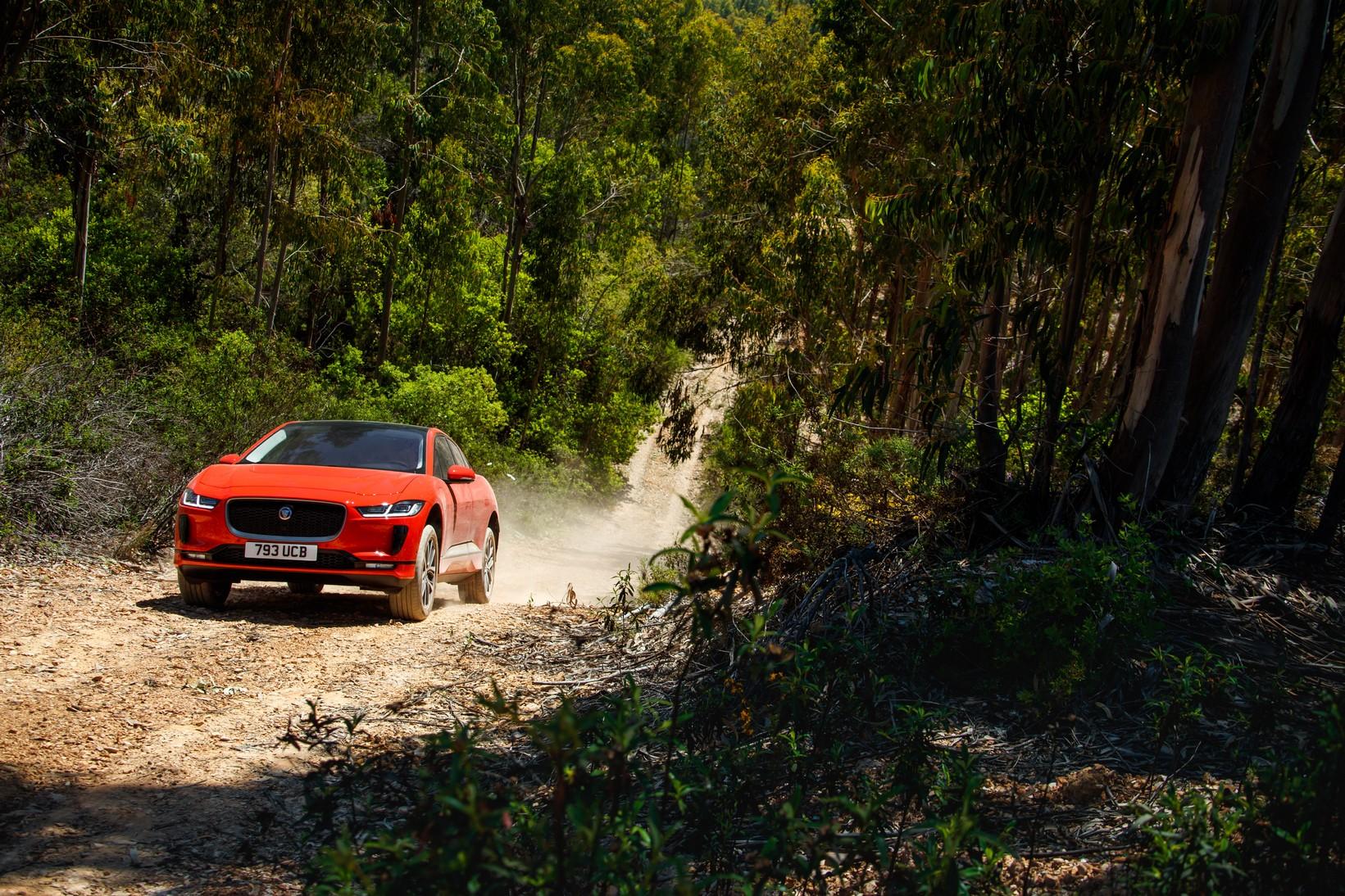 Jaguar I-PACE 90kWh EV400 S image 14