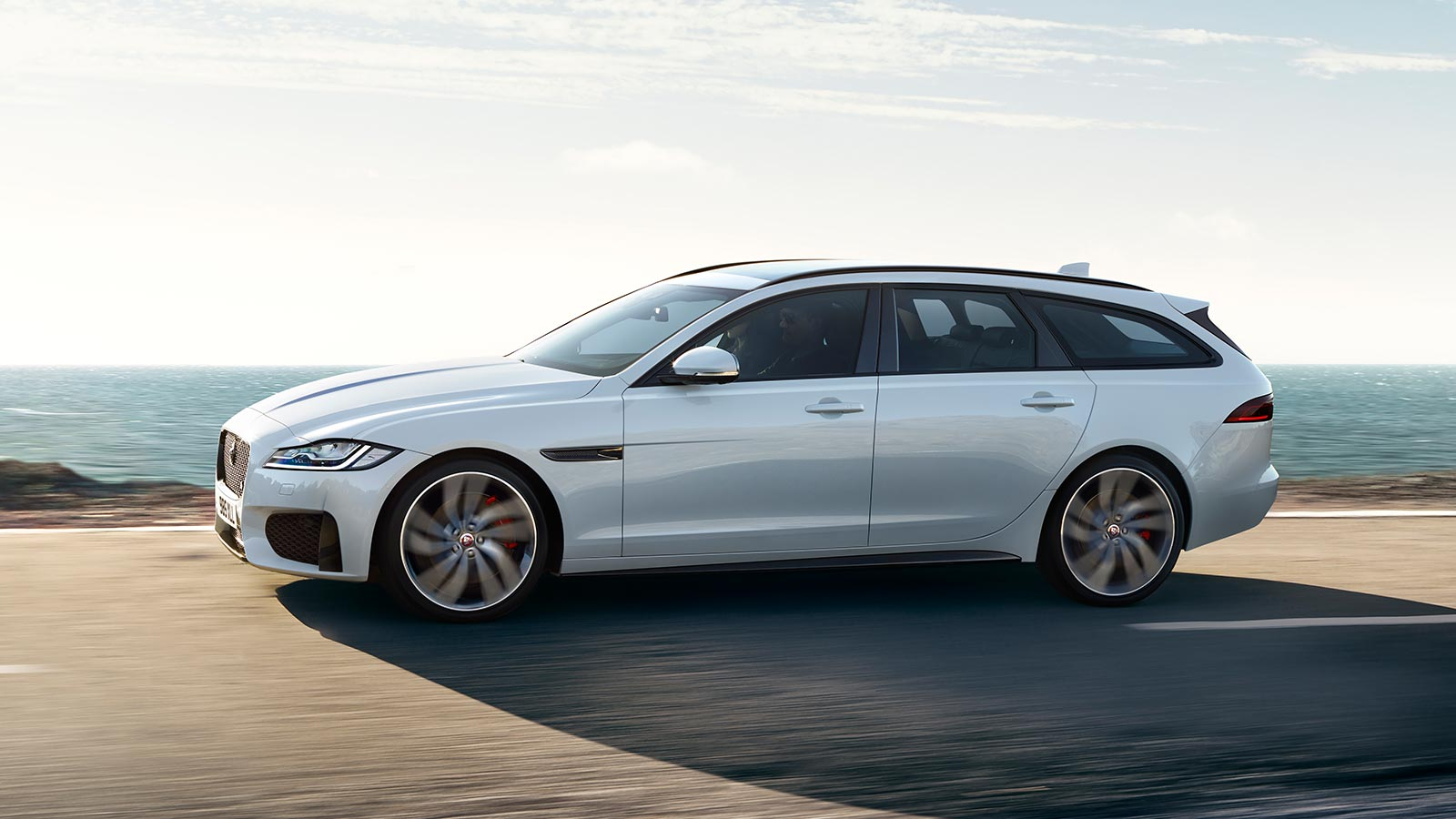 Jaguar XF 2.0d (180) Chequered Flag SPECIAL EDITIONS image 4