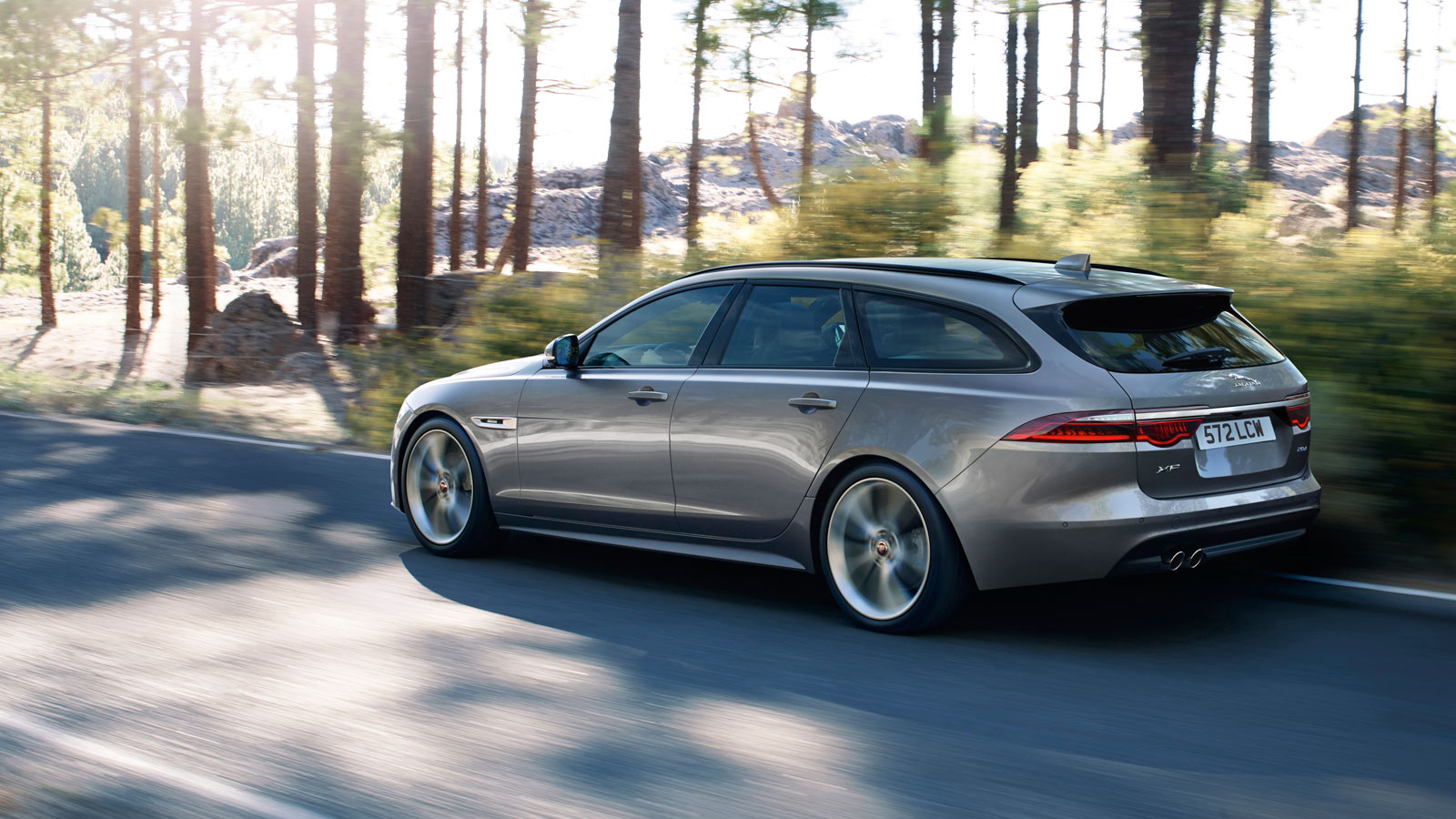 Jaguar XF 2.0d (180) Chequered Flag SPECIAL EDITIONS image 5