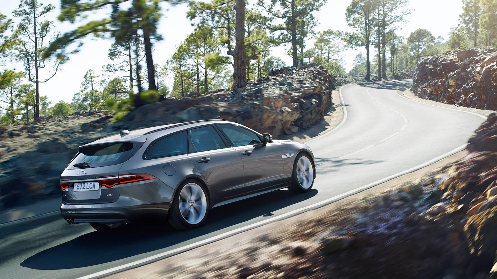Jaguar XF 2.0d (180) Chequered Flag SPECIAL EDITIONS image 6