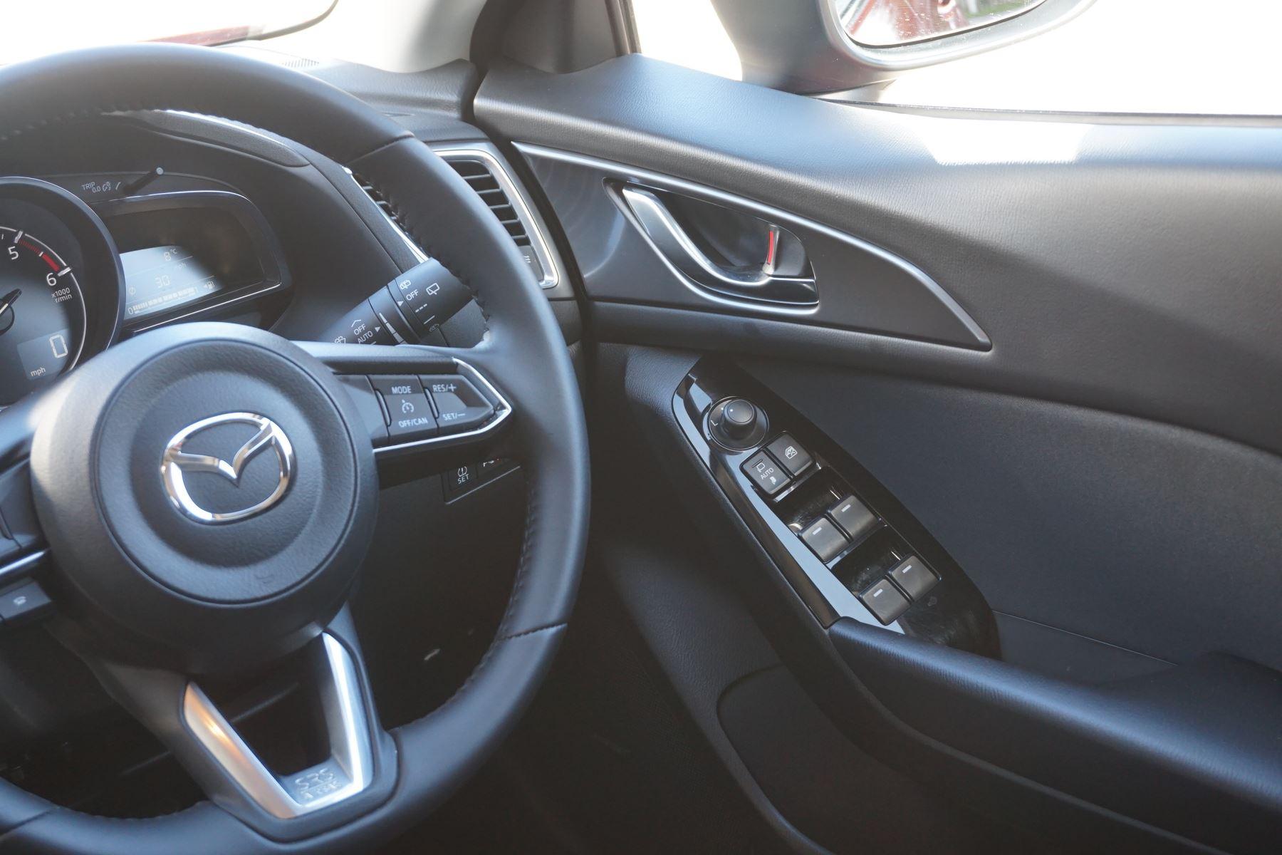 Mazda 3 2.2d Sport Nav 5dr image 12