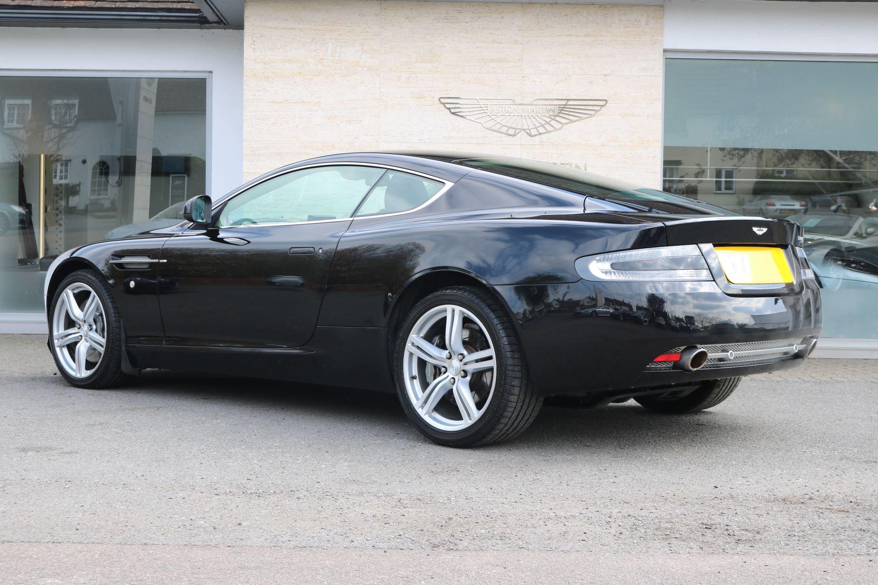 Aston Martin DB9 V12 2dr [470] image 3