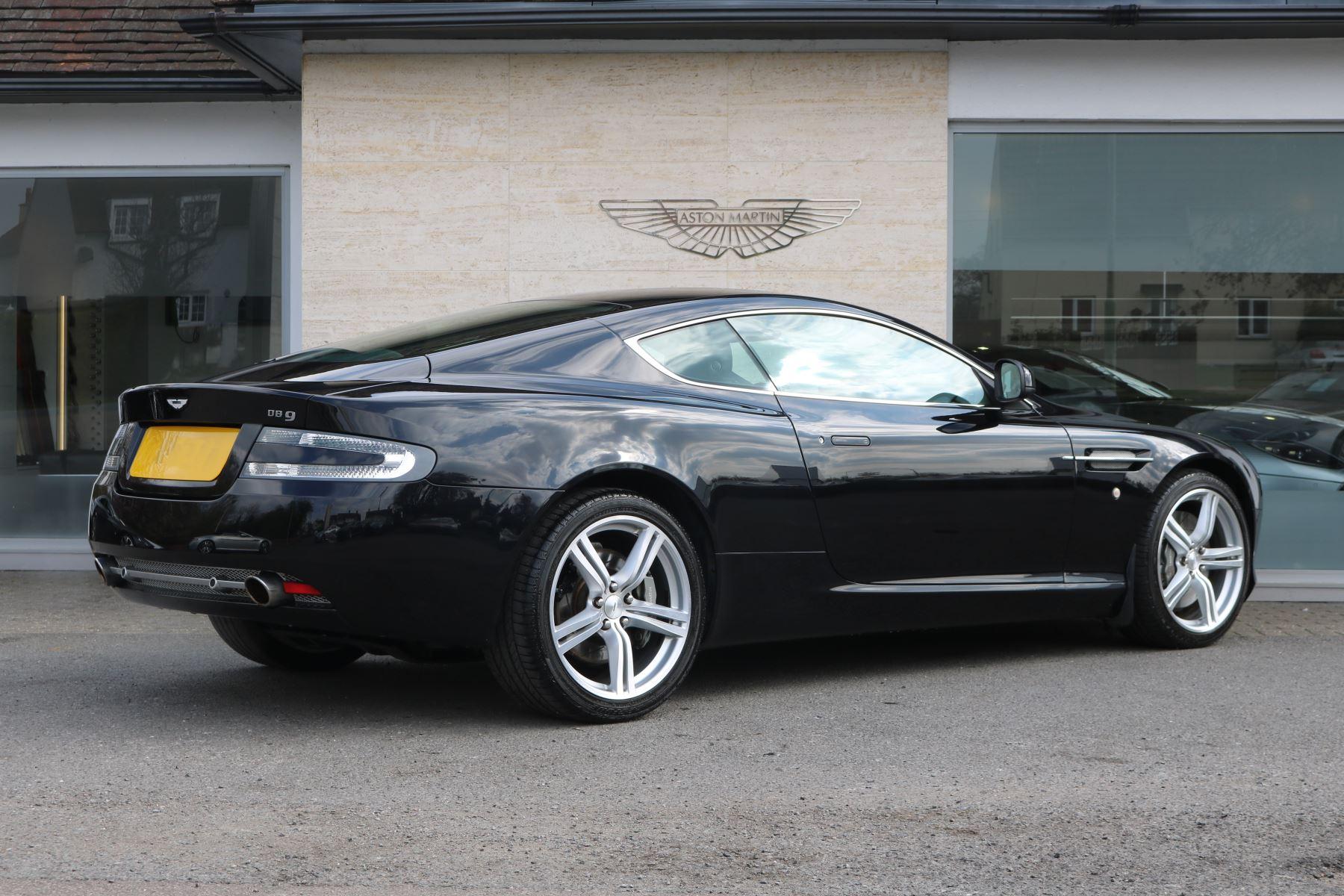Aston Martin DB9 V12 2dr [470] image 5