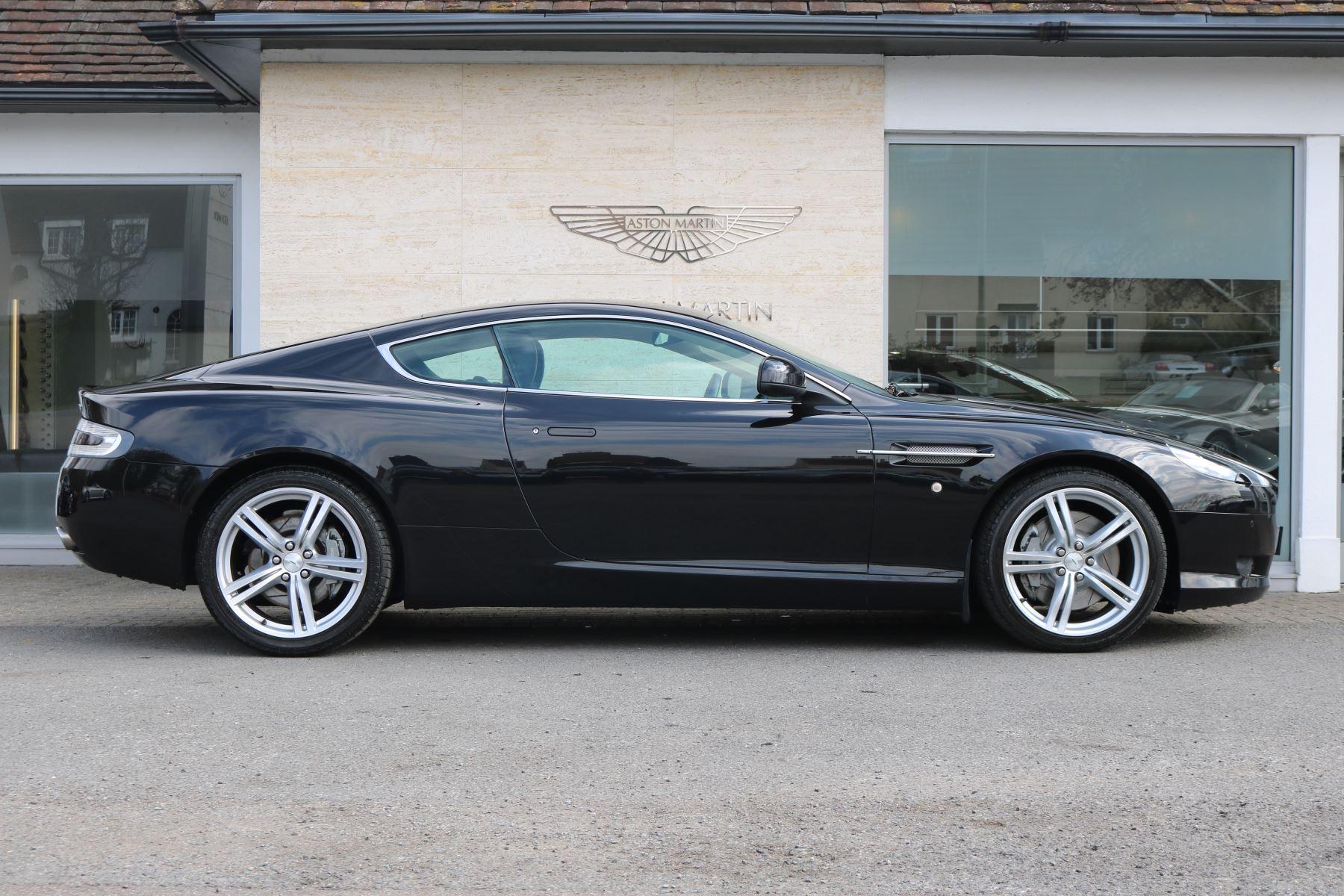 Aston Martin DB9 V12 2dr [470] image 6