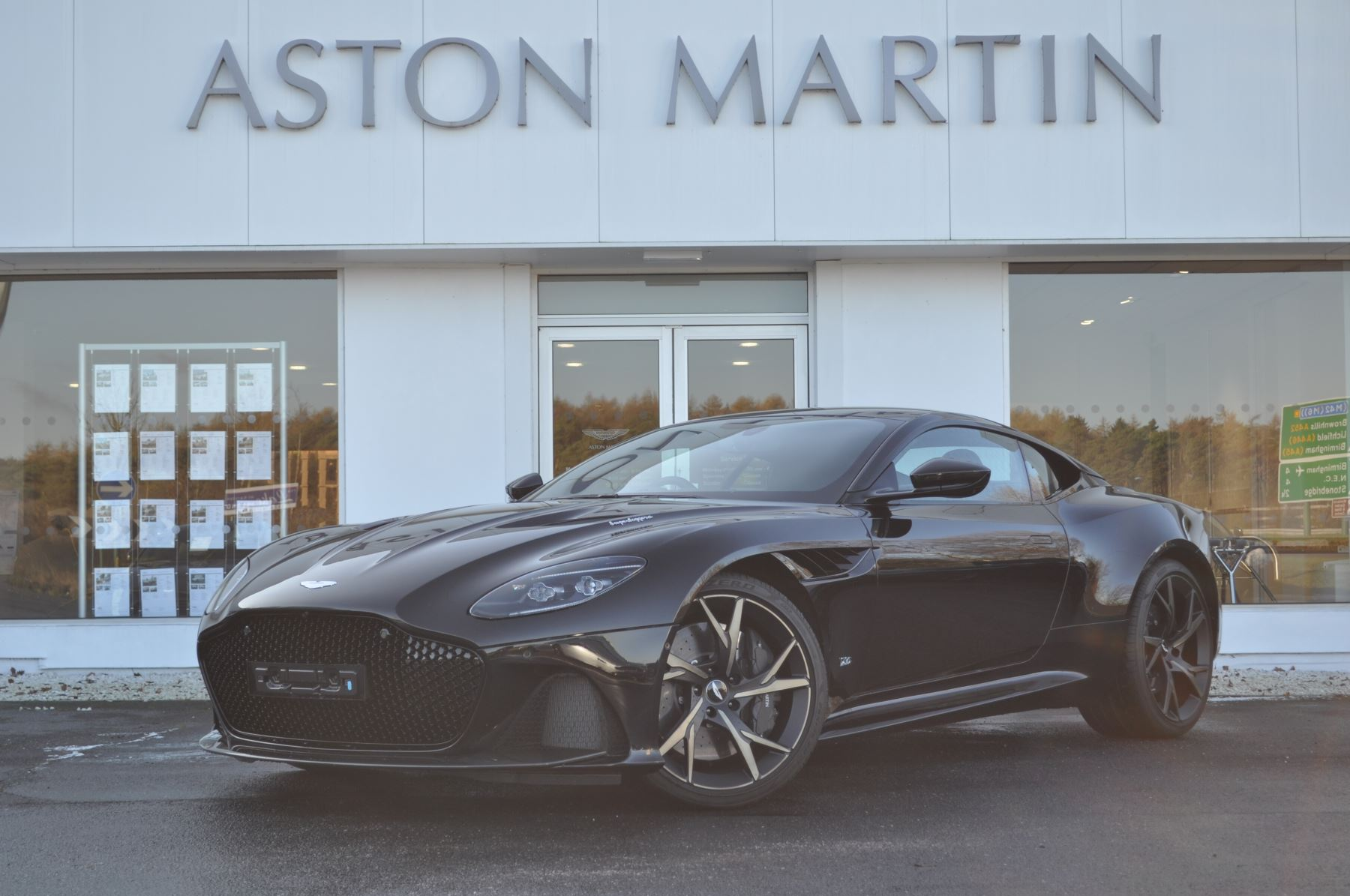 Aston Martin DBS V12 Superleggera Touchtronic 5.2 Automatic 2 door Coupe (18MY) image