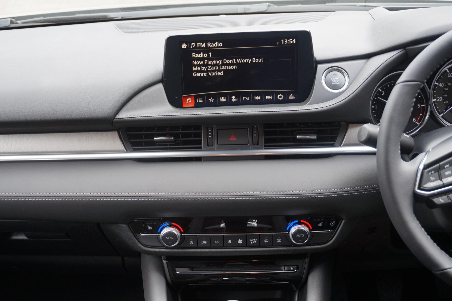 Mazda 6 2.2d SE-L Lux Nav+ 4dr image 11