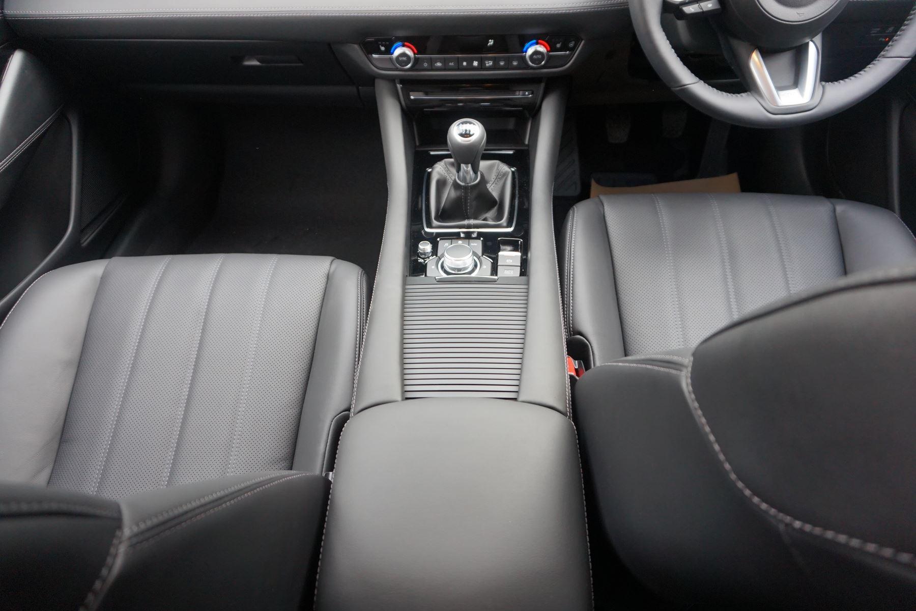 Mazda 6 2.2d SE-L Lux Nav+ 4dr image 13