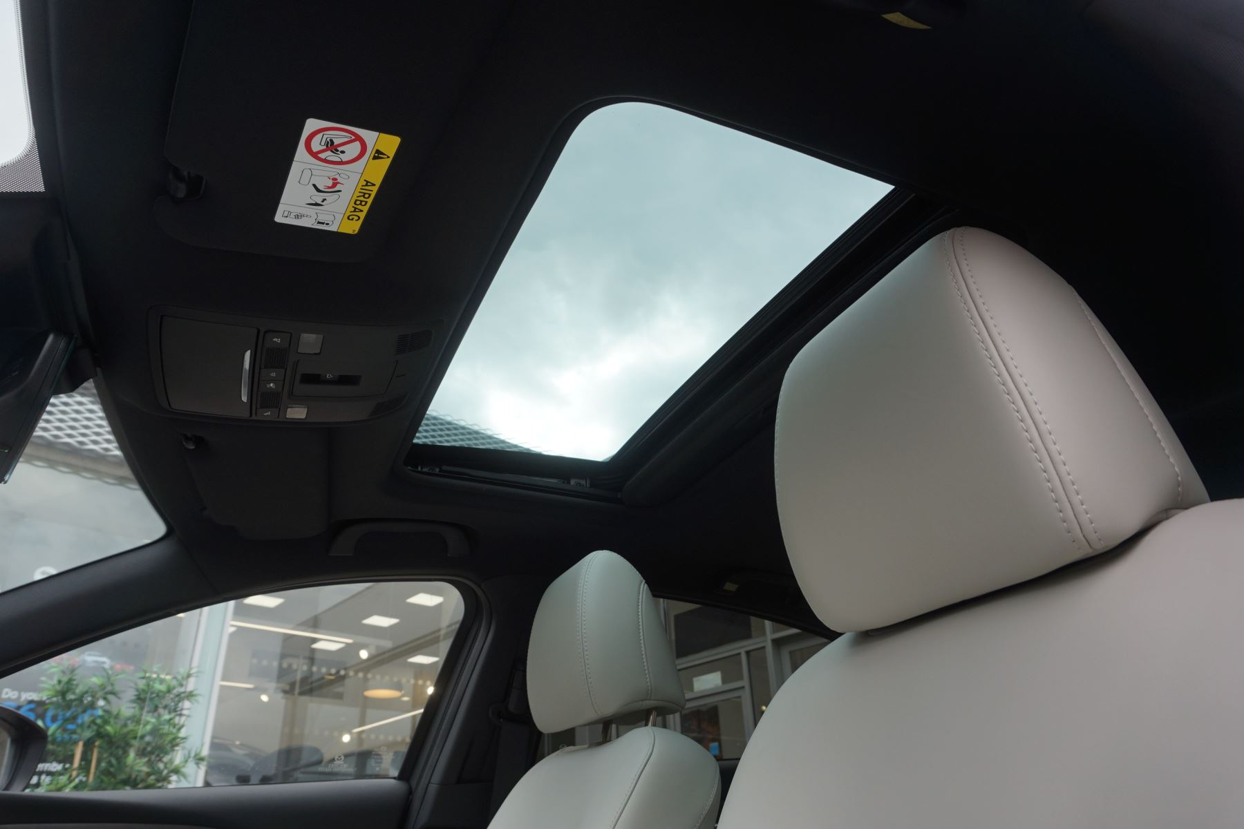 Mazda 6 Saloon 2.2d GT Sport Nav+ 4dr image 9