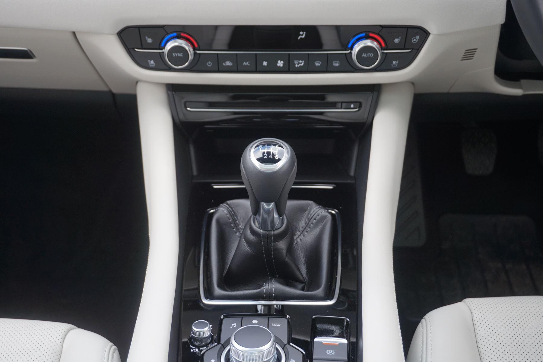Mazda 6 Saloon 2.2d GT Sport Nav+ 4dr image 17