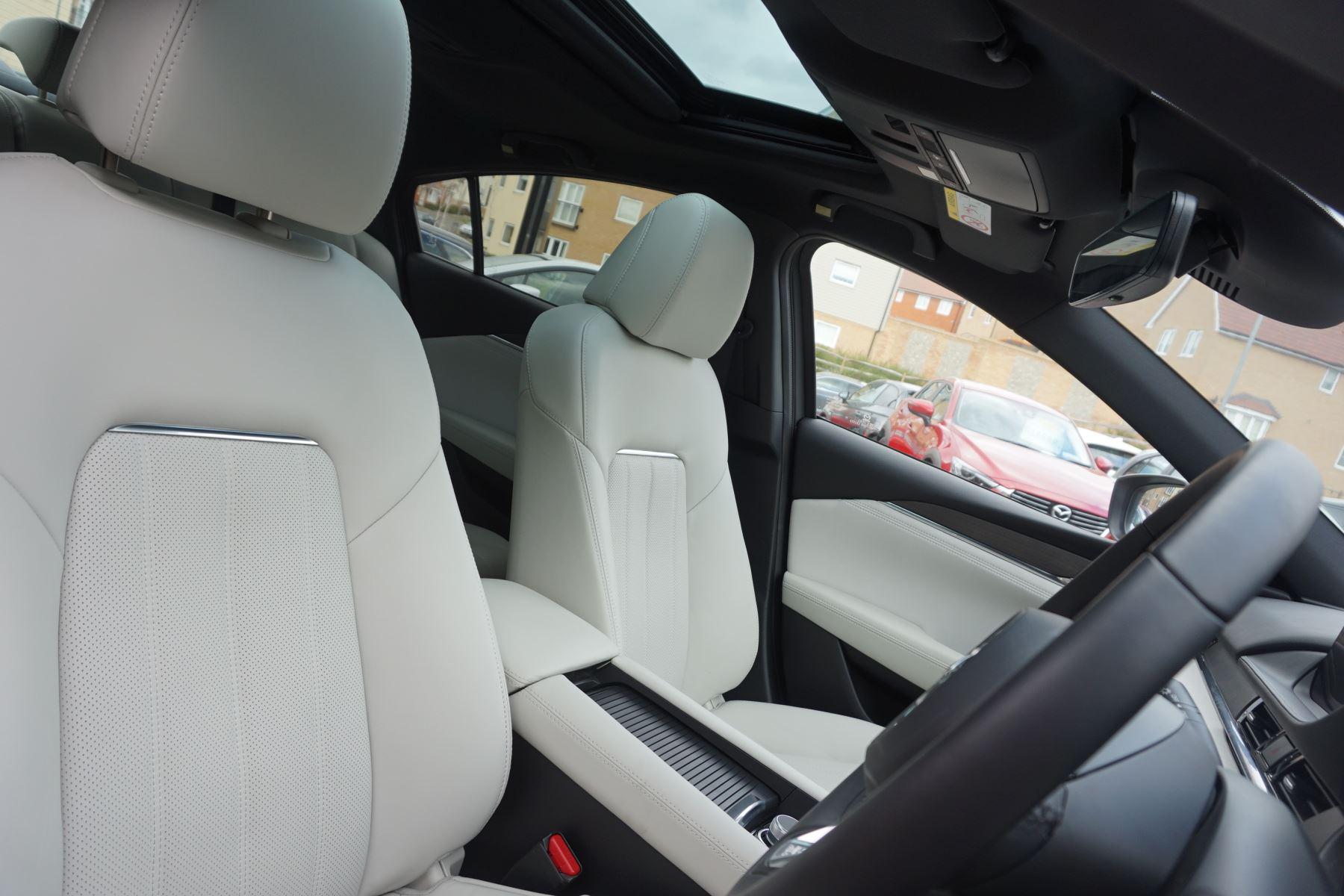 Mazda 6 Saloon 2.2d GT Sport Nav+ 4dr image 22
