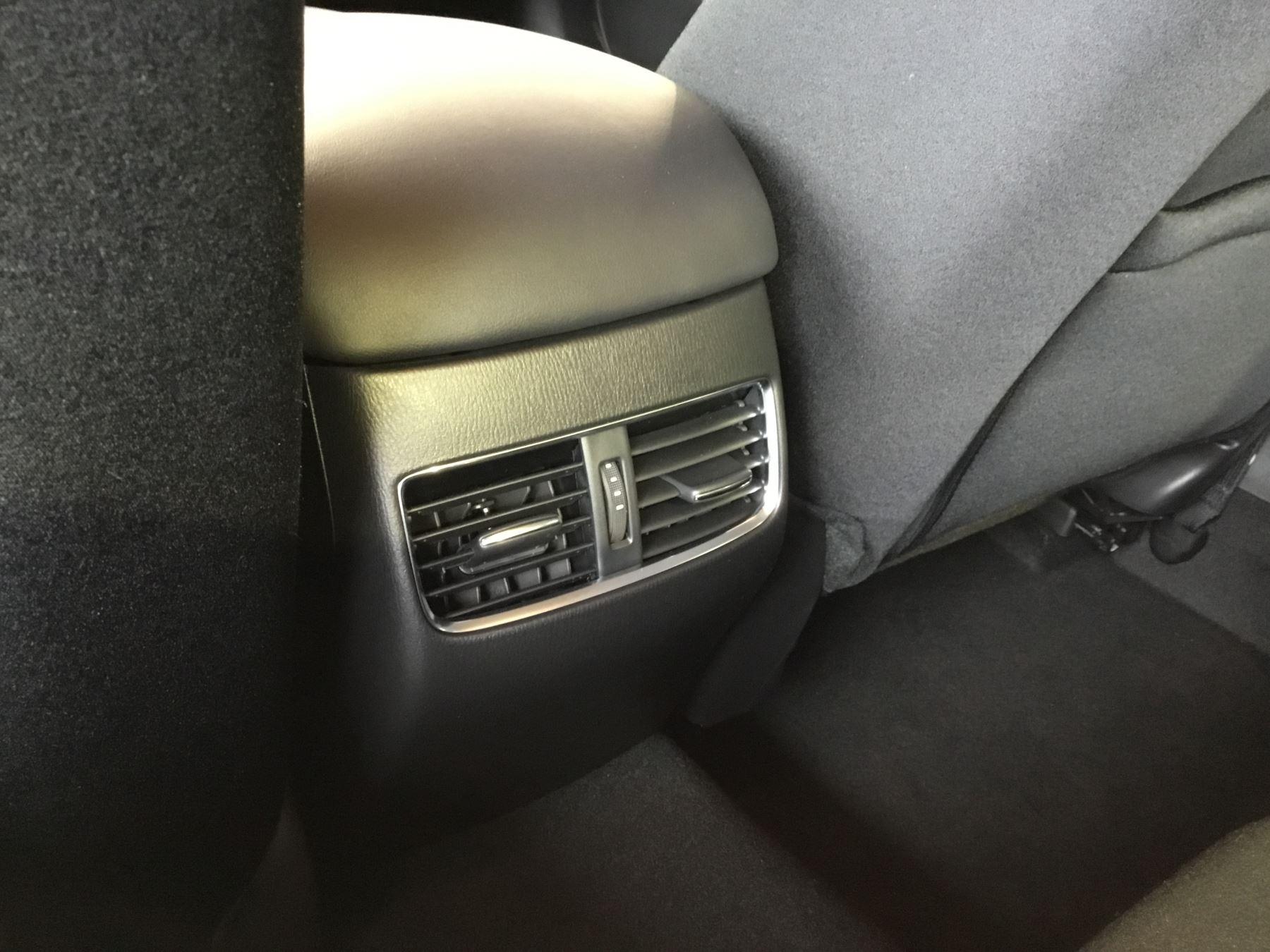 Mazda 6 2.0 SE-L Nav+ 4dr image 9