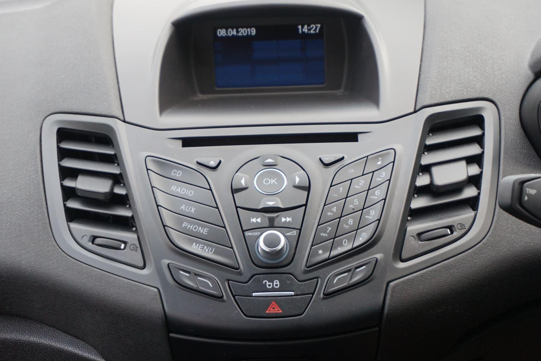 Ford Fiesta 1.0 EcoBoost 125 ST-Line 5dr image 11