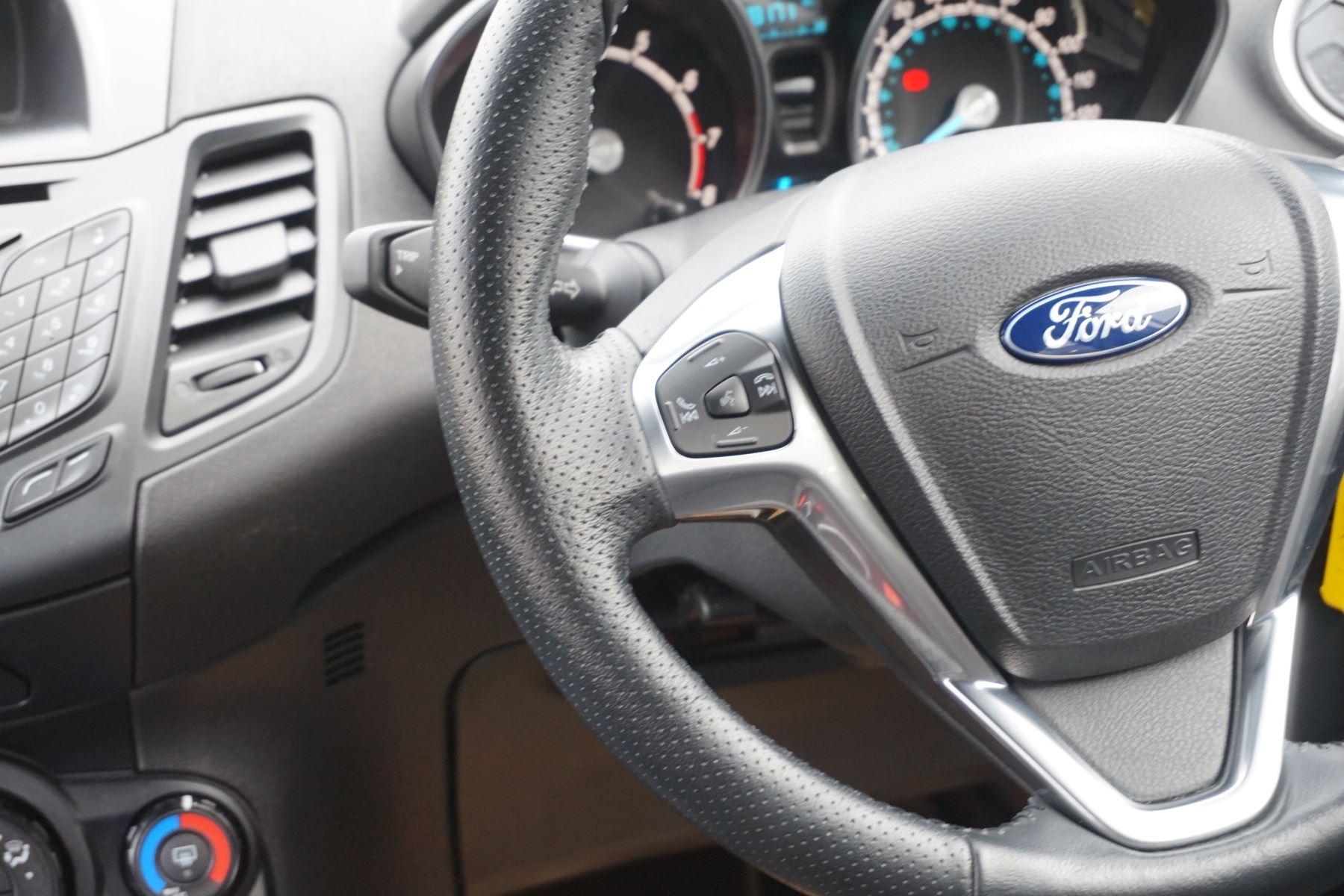 Ford Fiesta 1.0 EcoBoost 125 ST-Line 5dr image 15