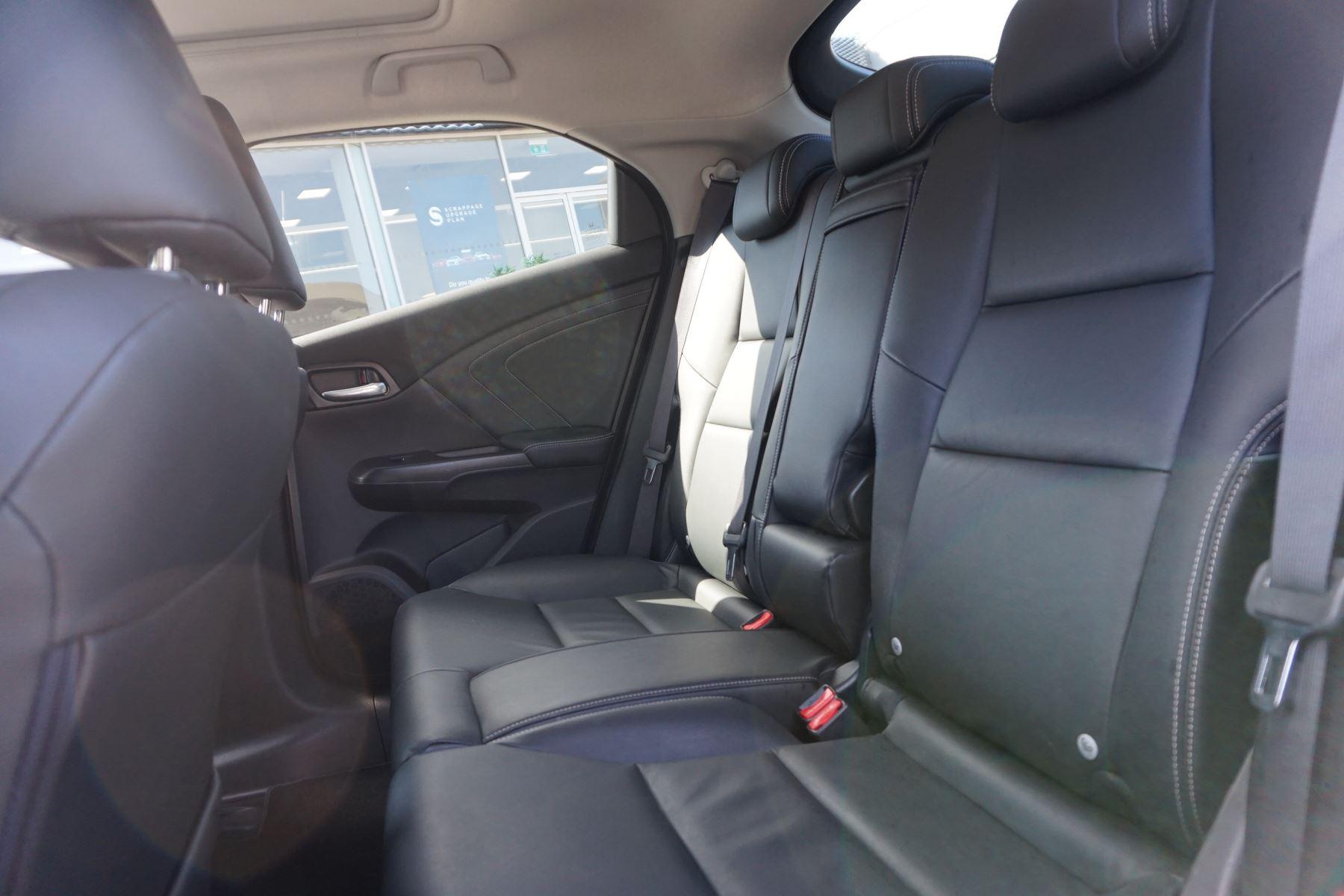 Honda Civic 1.6 i-DTEC SR 5dr image 8