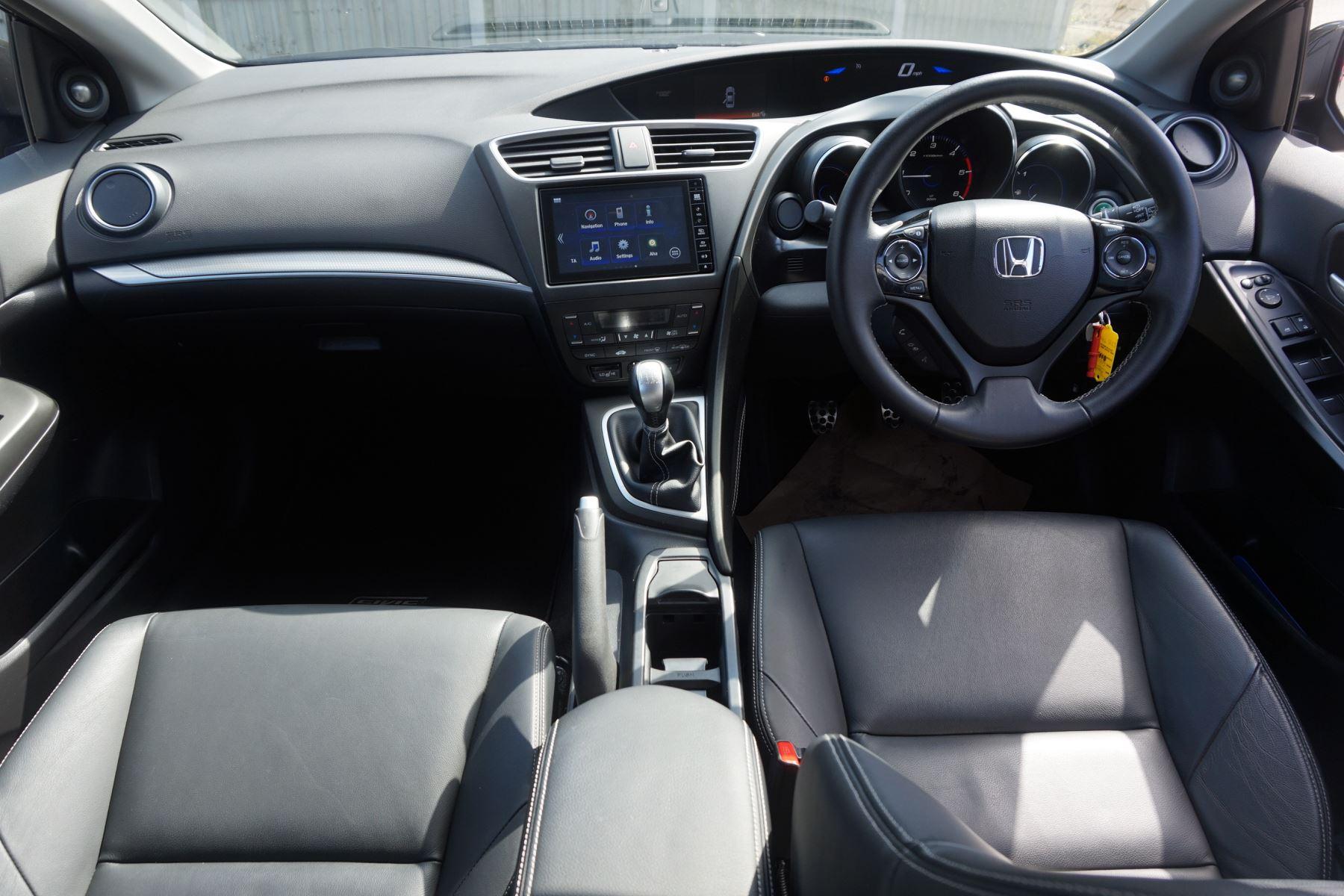 Honda Civic 1.6 i-DTEC SR 5dr image 14