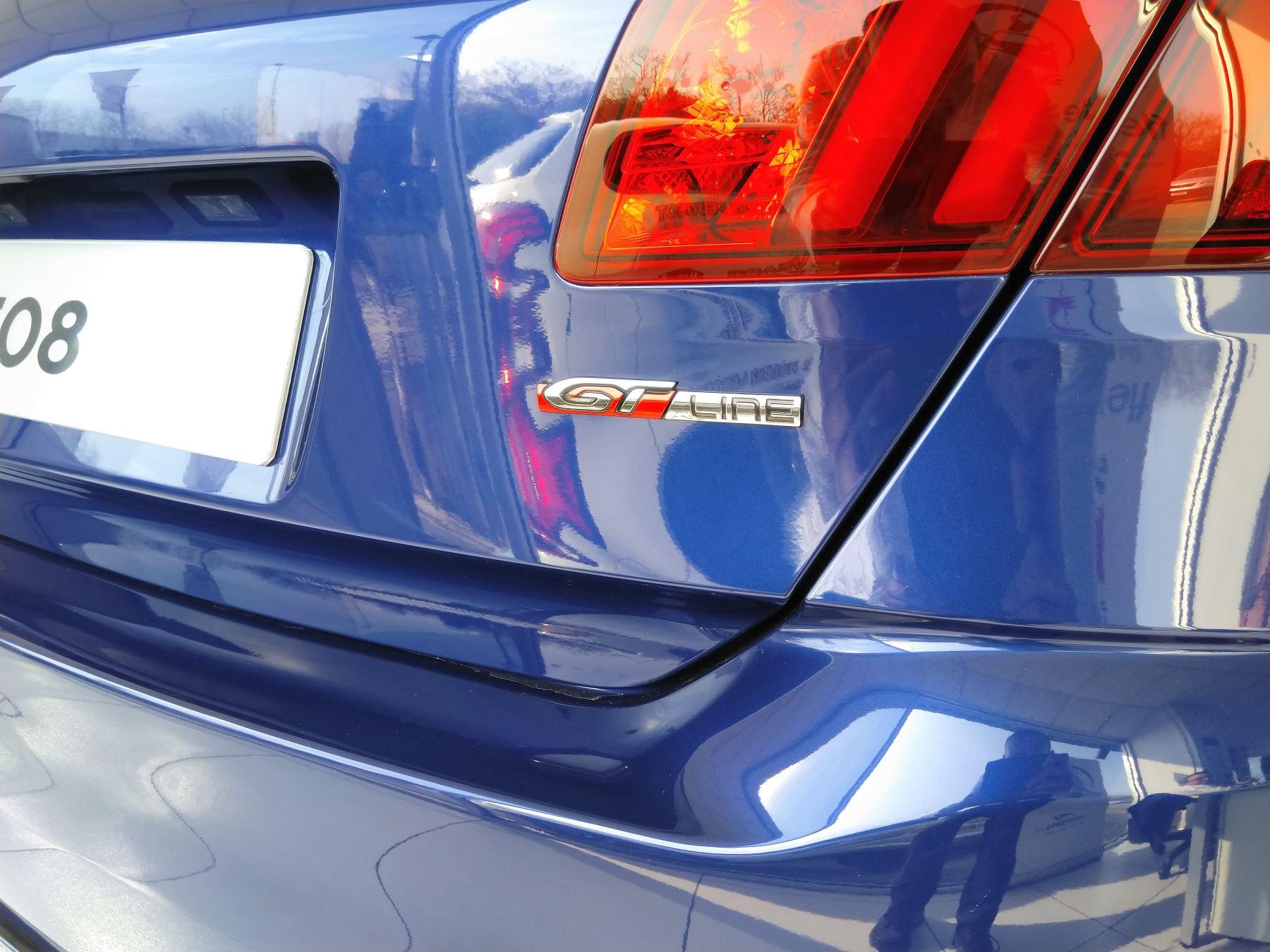 Peugeot 308 1.5 BlueHDi 130 GT Line image 4