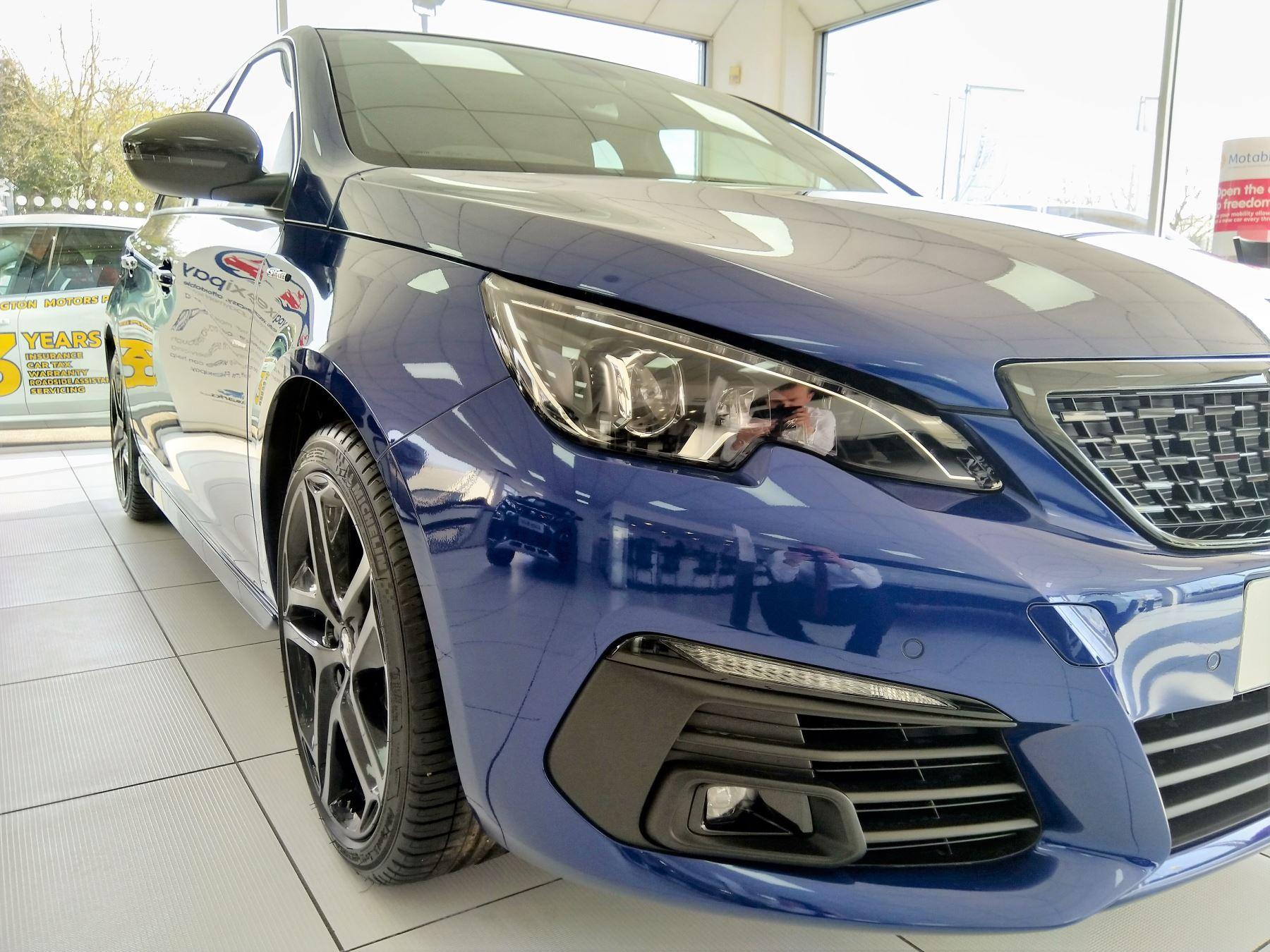 Peugeot 308 1.5 BlueHDi 130 GT Line image 7