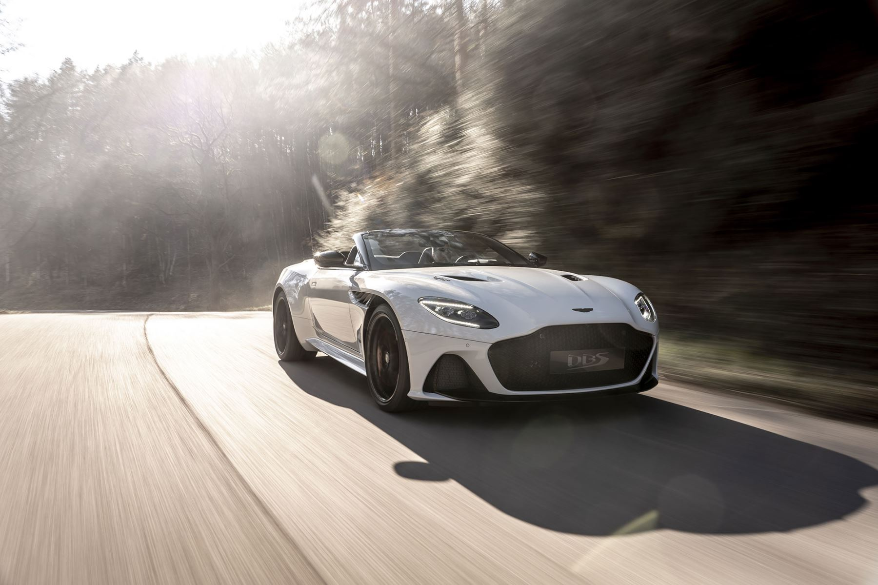 Aston Martin DBS Superleggera Volante - The Ulimate Open Top GT image 2