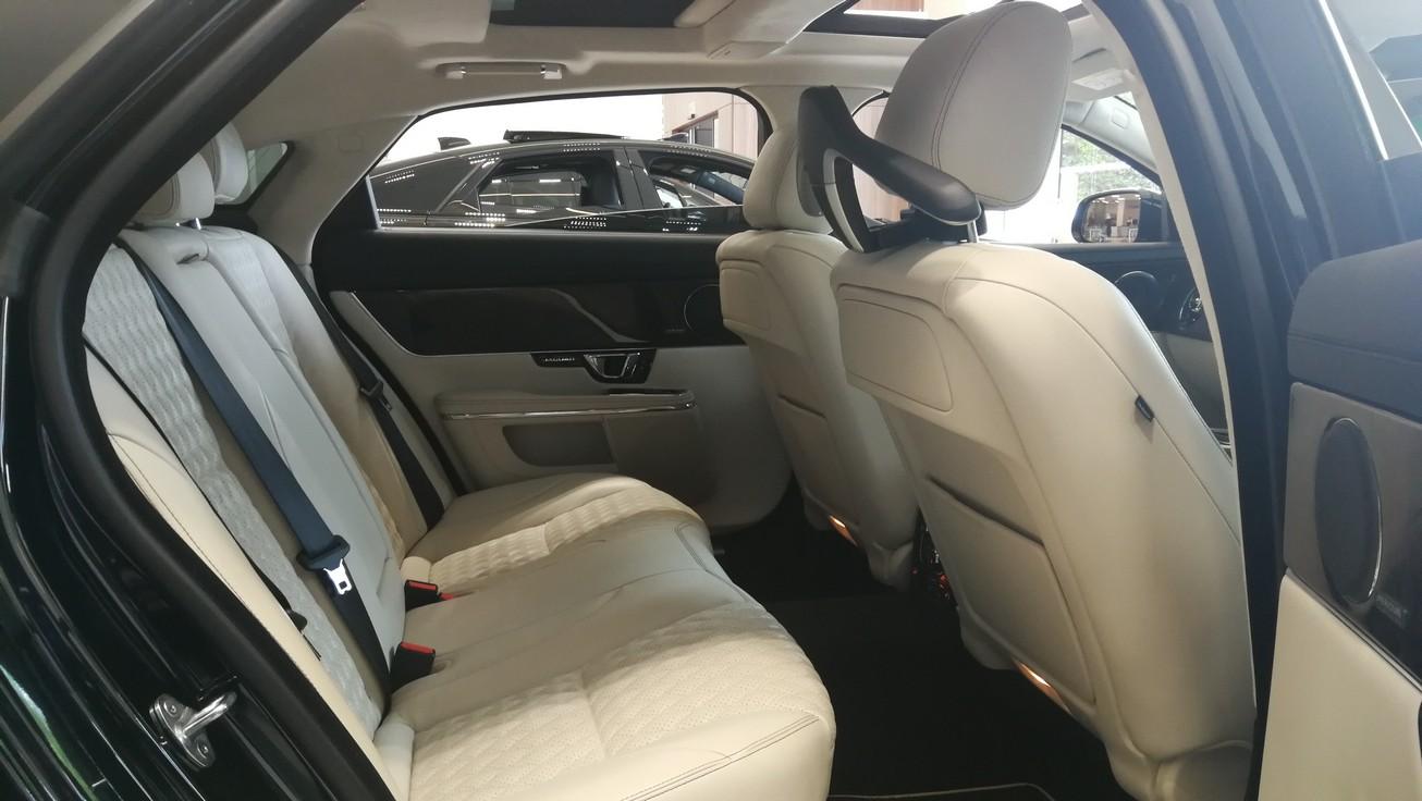 Jaguar XJ 3.0d V6 XJ50 [LWB] image 12