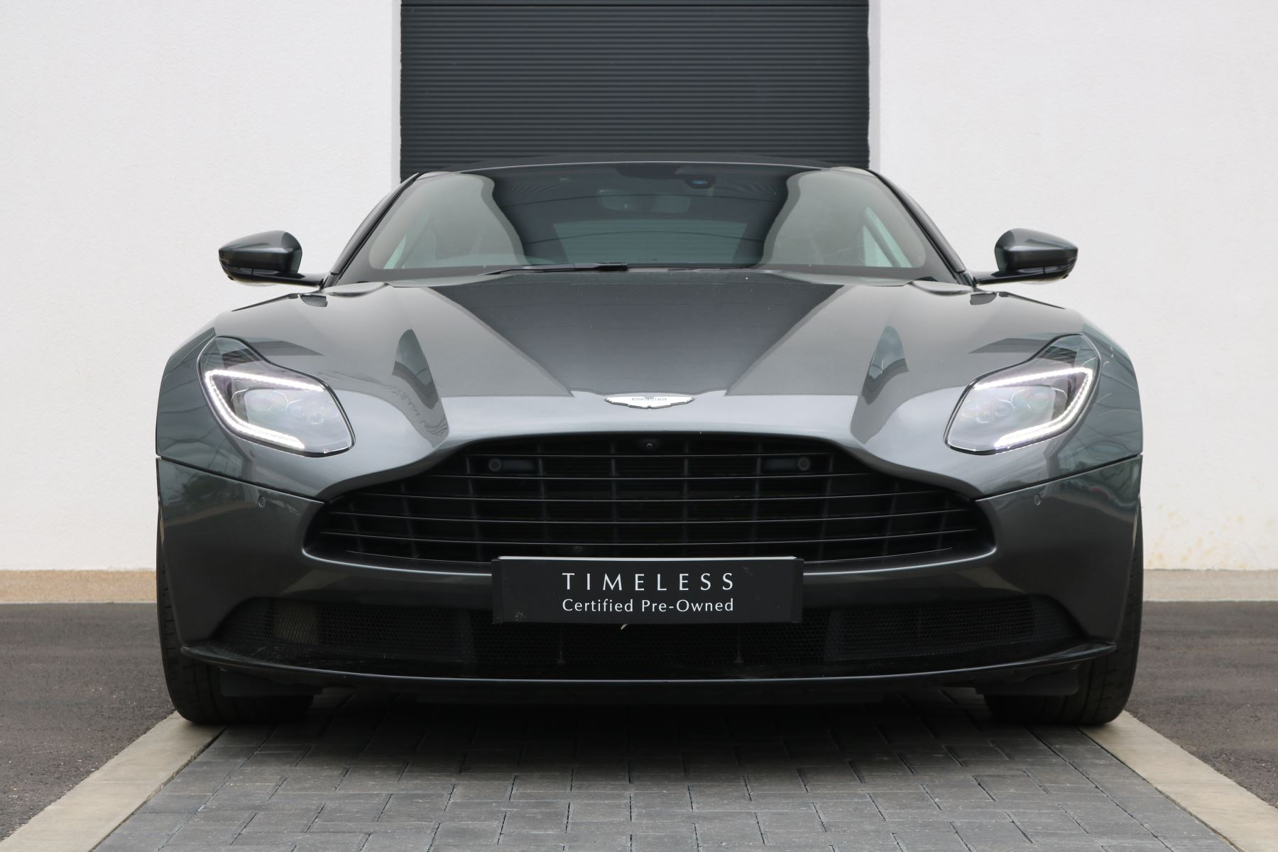 Aston Martin DB11 Coupe  4.0 Semi-Automatic 2 door (2017) image