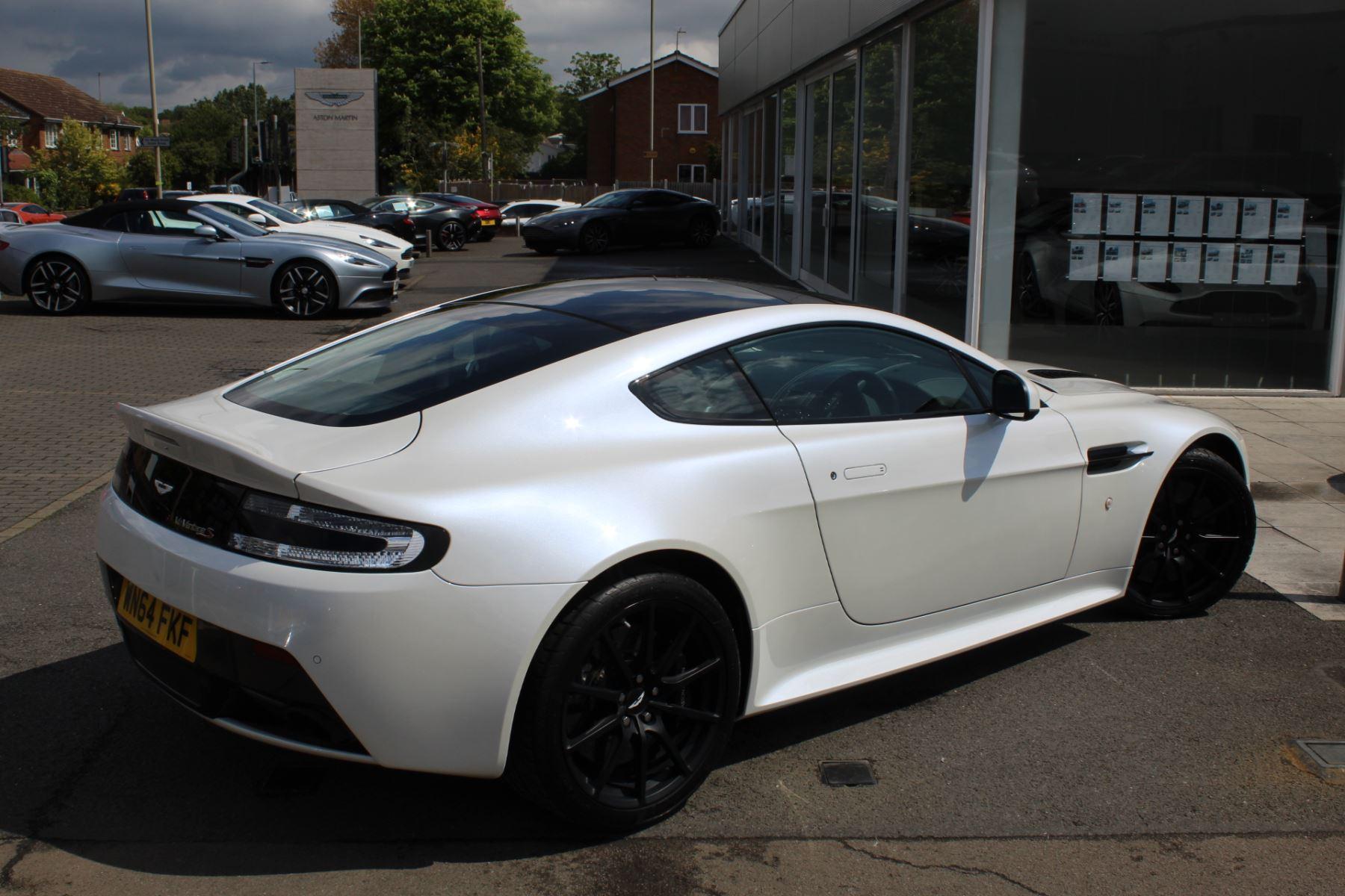 Aston Martin V12 Vantage S Coupe S 2dr Sportshift III image 19