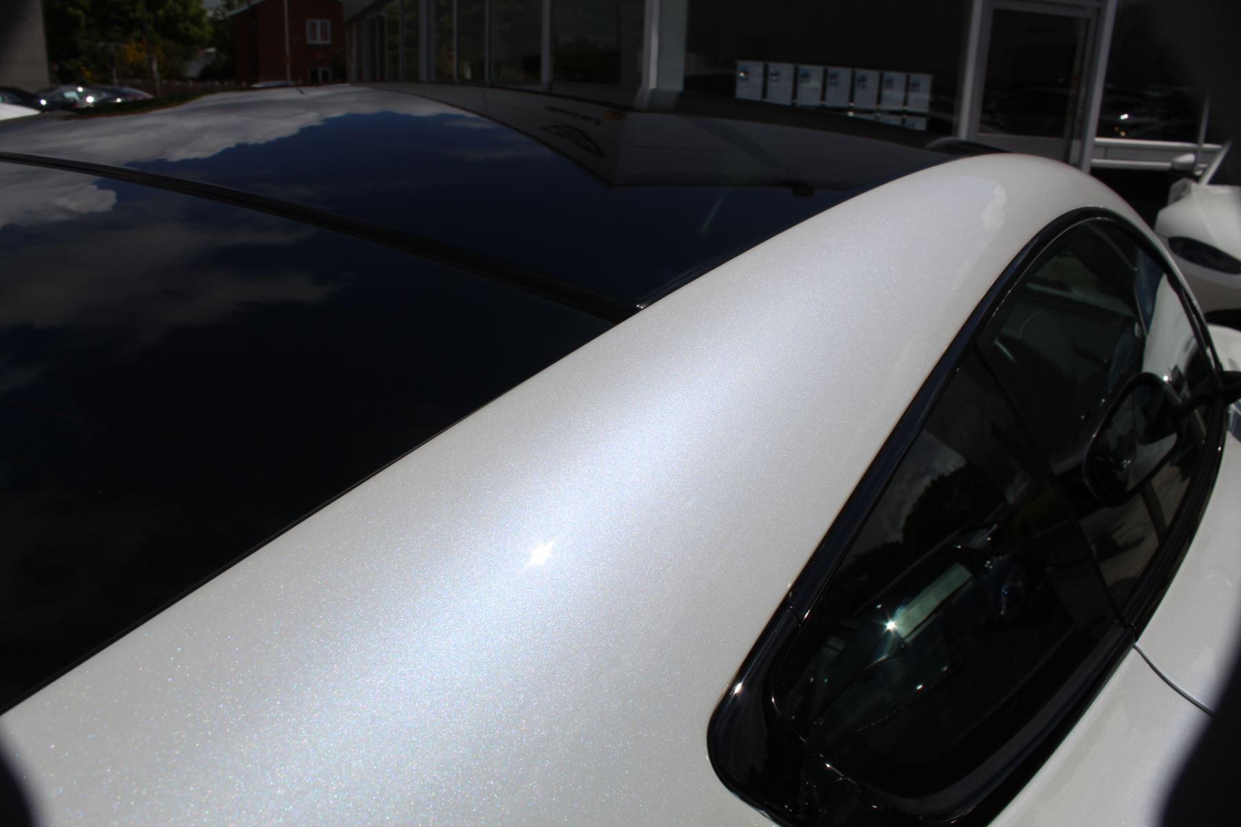 Aston Martin V12 Vantage S Coupe S 2dr Sportshift III image 24