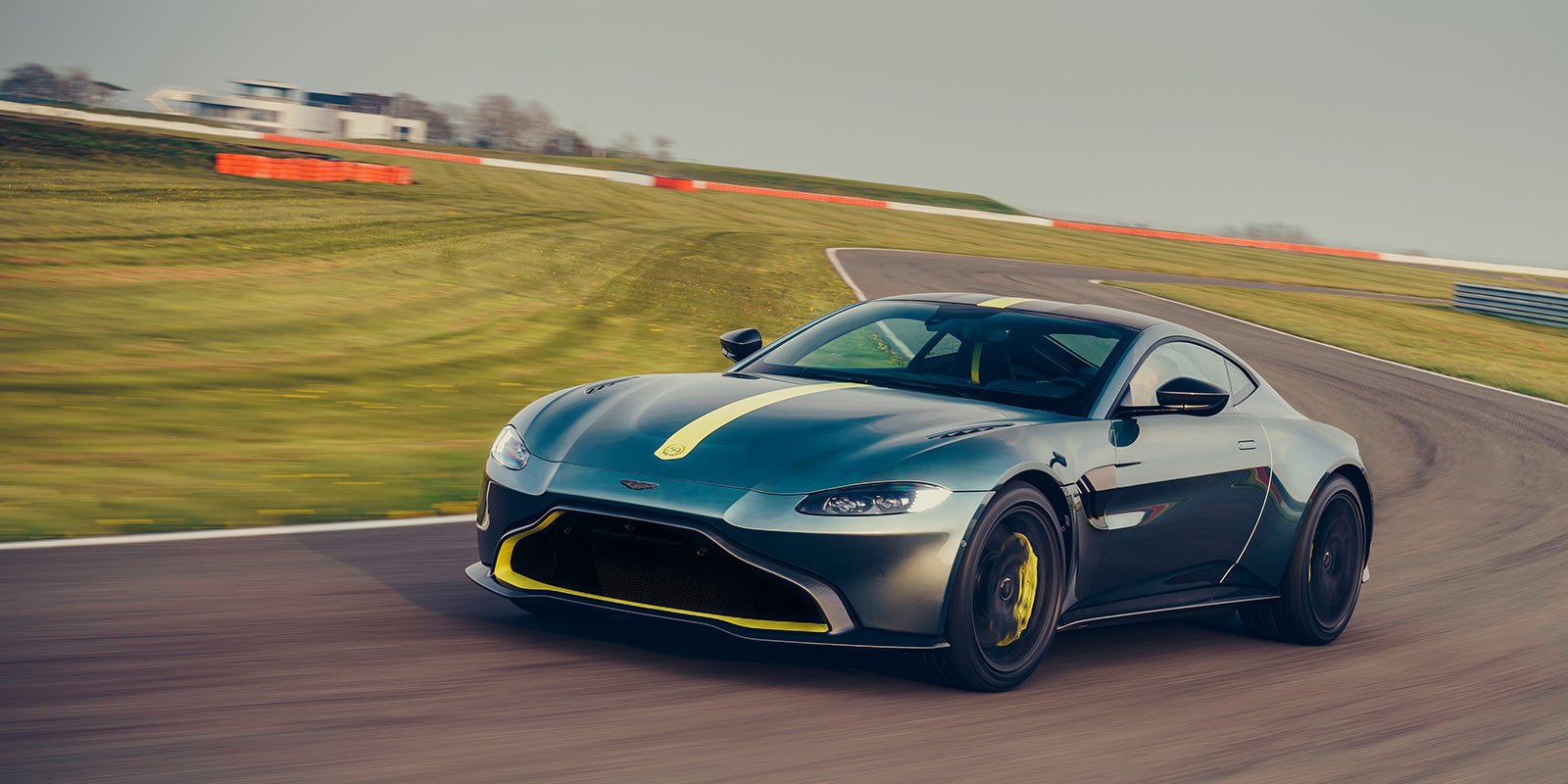 Aston Martin Vantage AMR - Limited Edition - Pure, Engaging Performance image 9