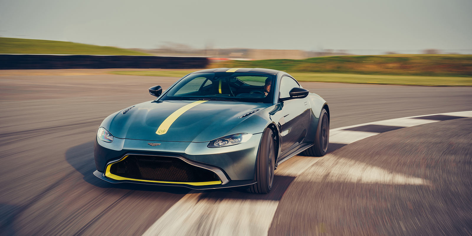 Aston Martin Vantage AMR - Limited Edition - Pure, Engaging Performance